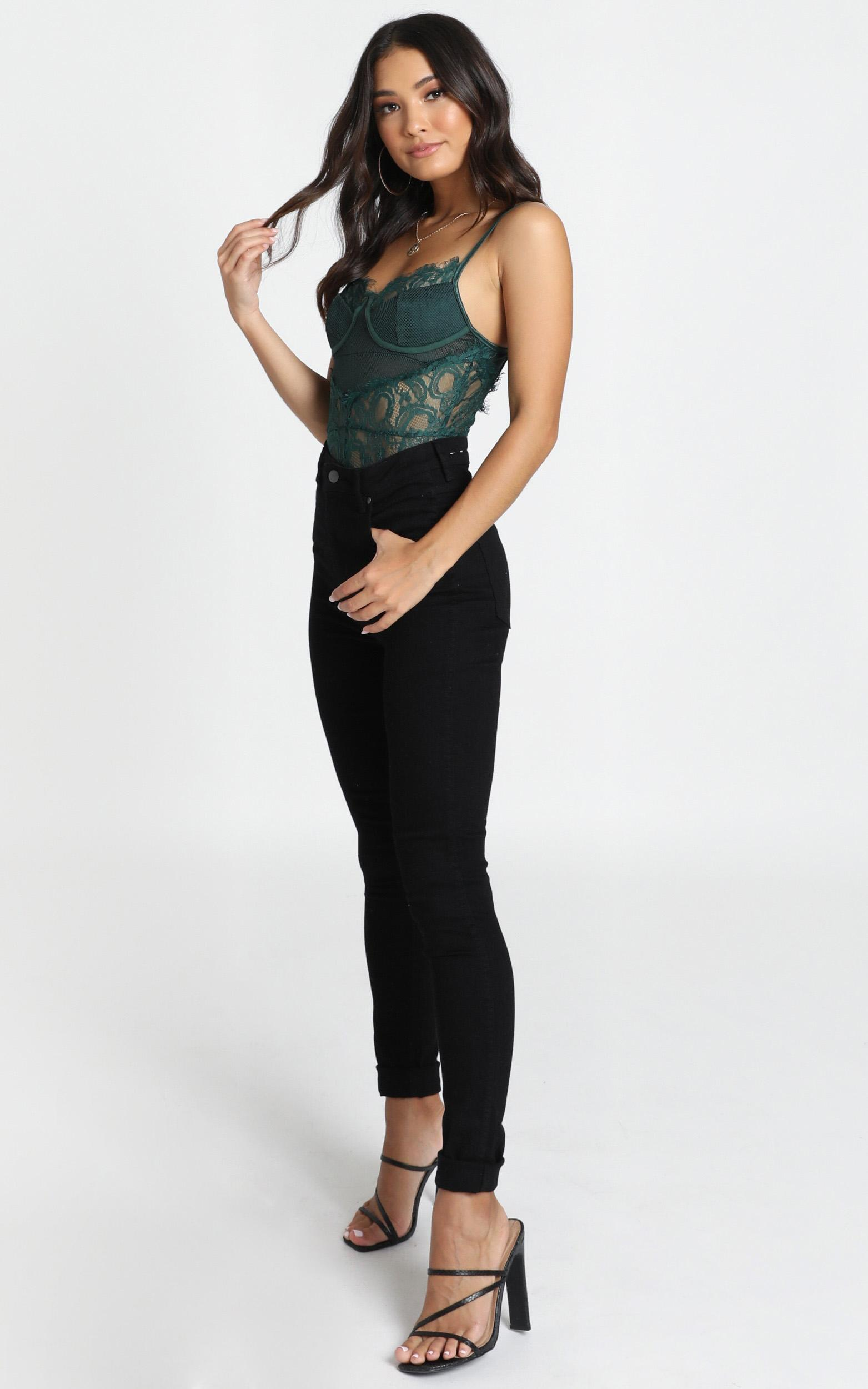 Voicemail Bodysuit in emerald lace - 14 (XL), Green, hi-res image number null