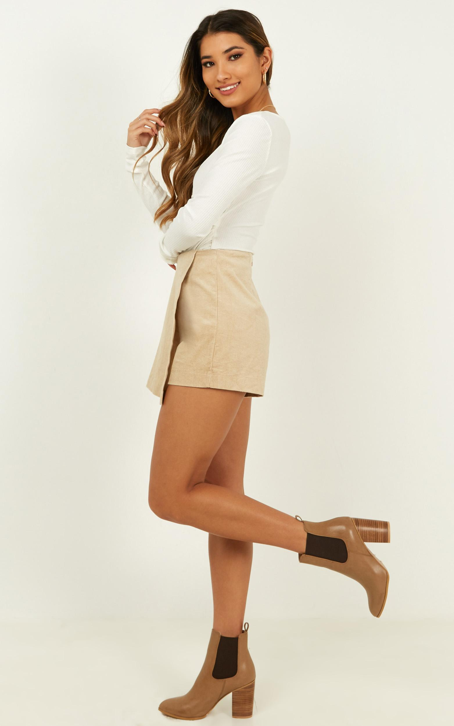 Will you feel the same skort in beige cord - 14 (XL), Beige, hi-res image number null