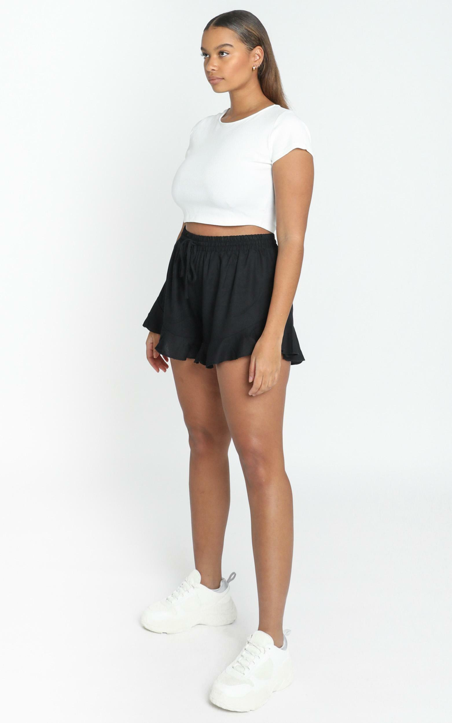 Beach Vibes Shorts In Black Linen Look - 20 (XXXXL), BLK1, hi-res image number null