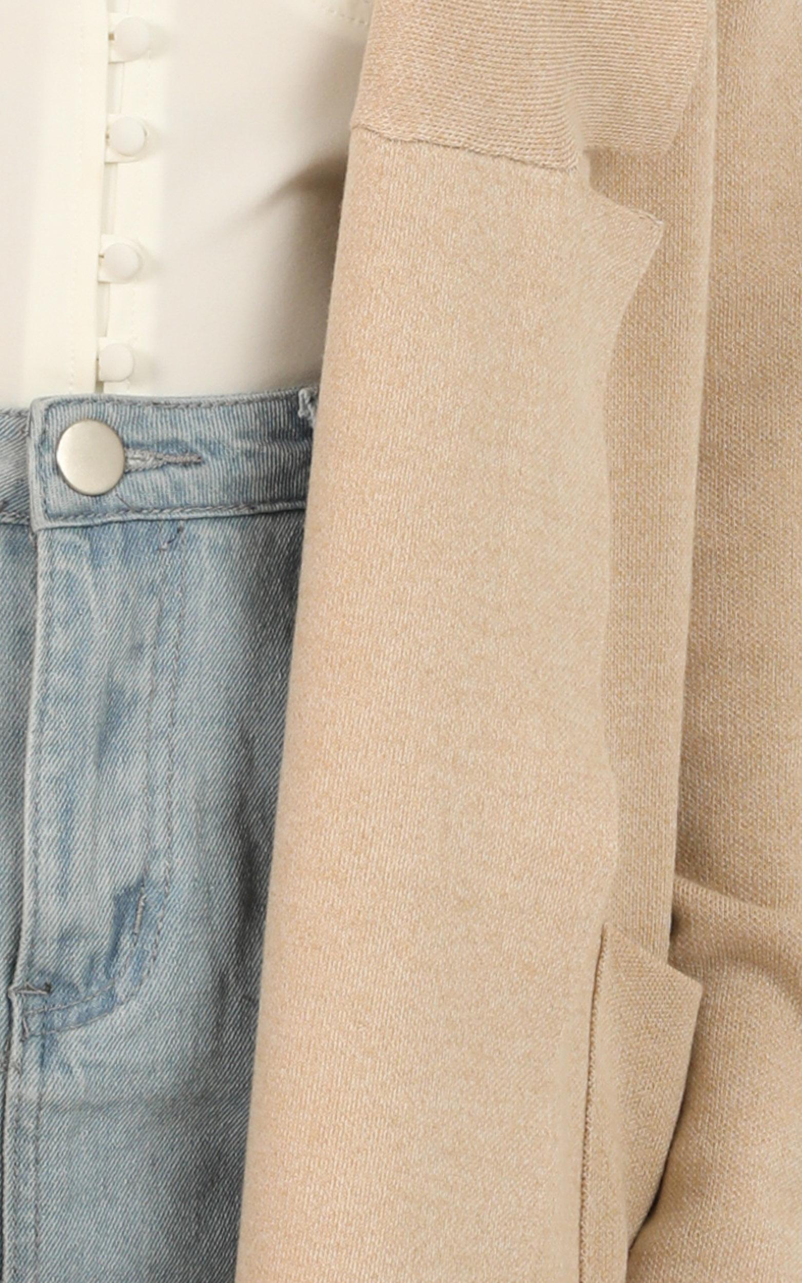Around The World coat in beige  - M/L, Beige, hi-res image number null