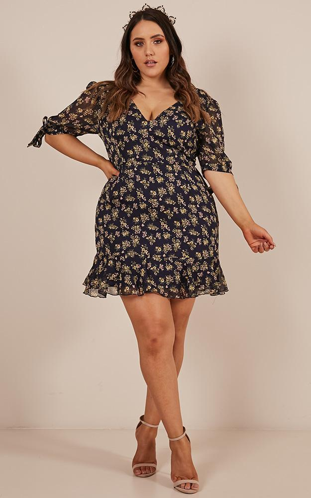 Modern Day Dress in navy floral - 20 (XXXXL), Navy, hi-res image number null