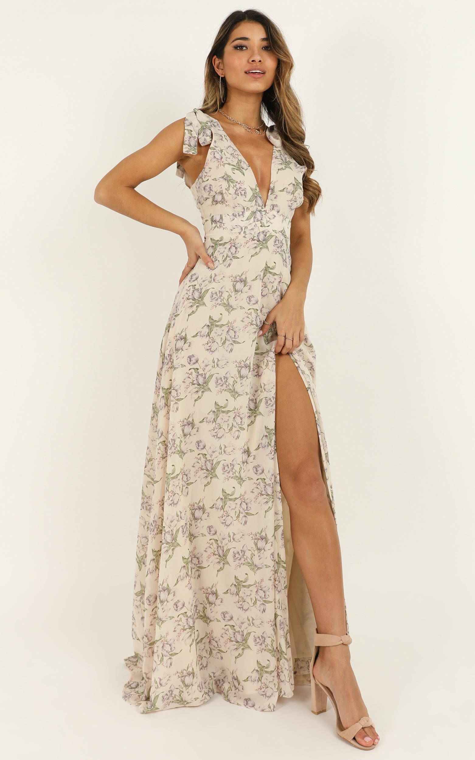 Hard To Keep Up Dress In cream floral - 16 (XXL), Cream, hi-res image number null