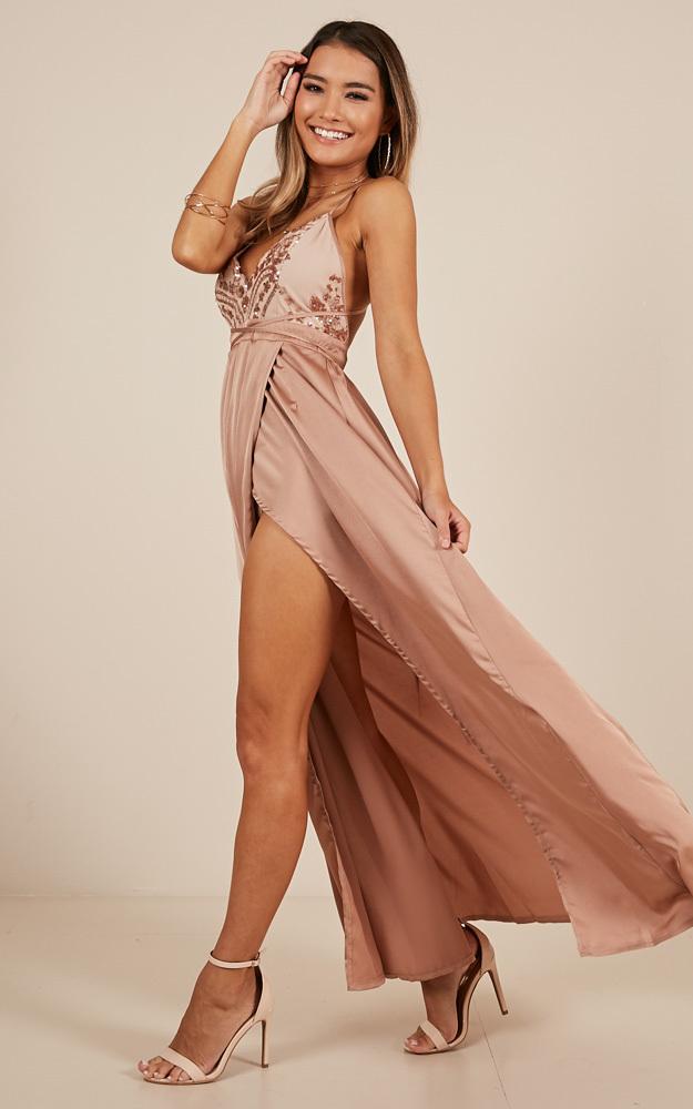 Fix You maxi dress in beige - 6 (XS), Beige, hi-res image number null