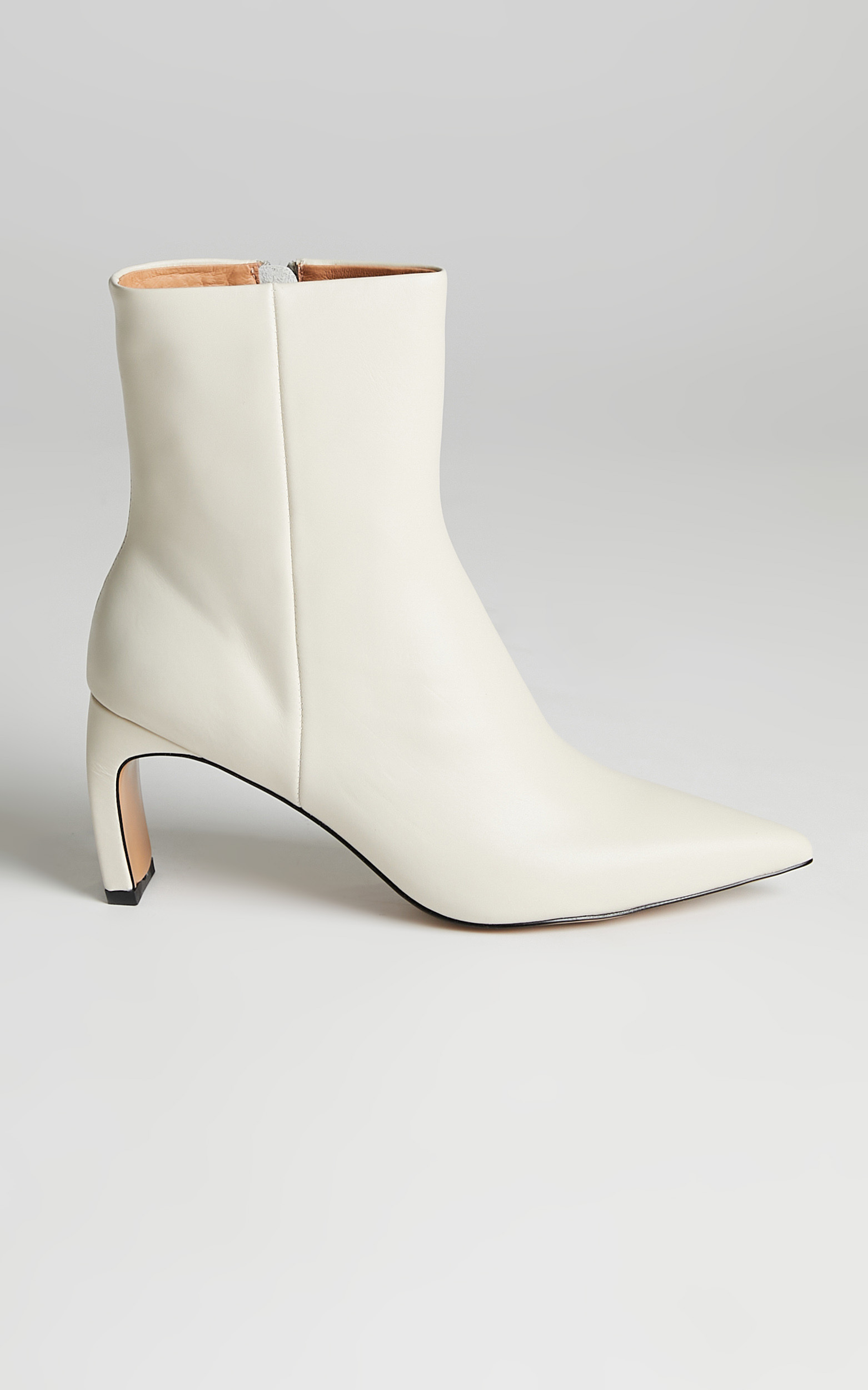 Alias Mae - Jameen Boots in Bone Leather - 10.5, WHT2, hi-res image number null