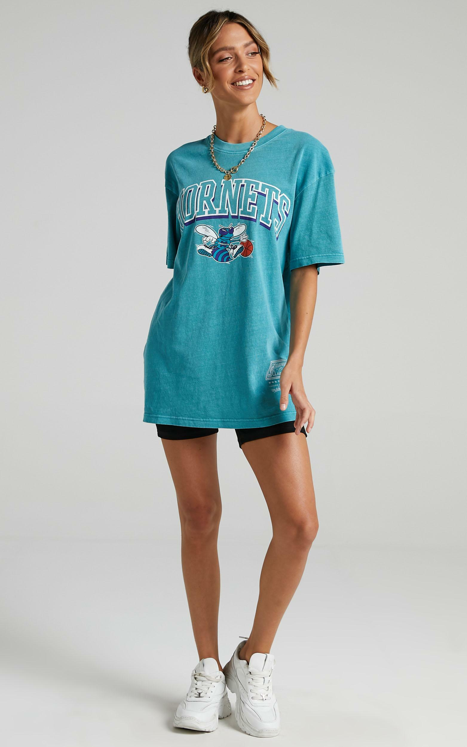 Mitchell & Ness - Vintage Keyline Logo Tee Horns in Faded Aqua - XS, BLU1, hi-res image number null