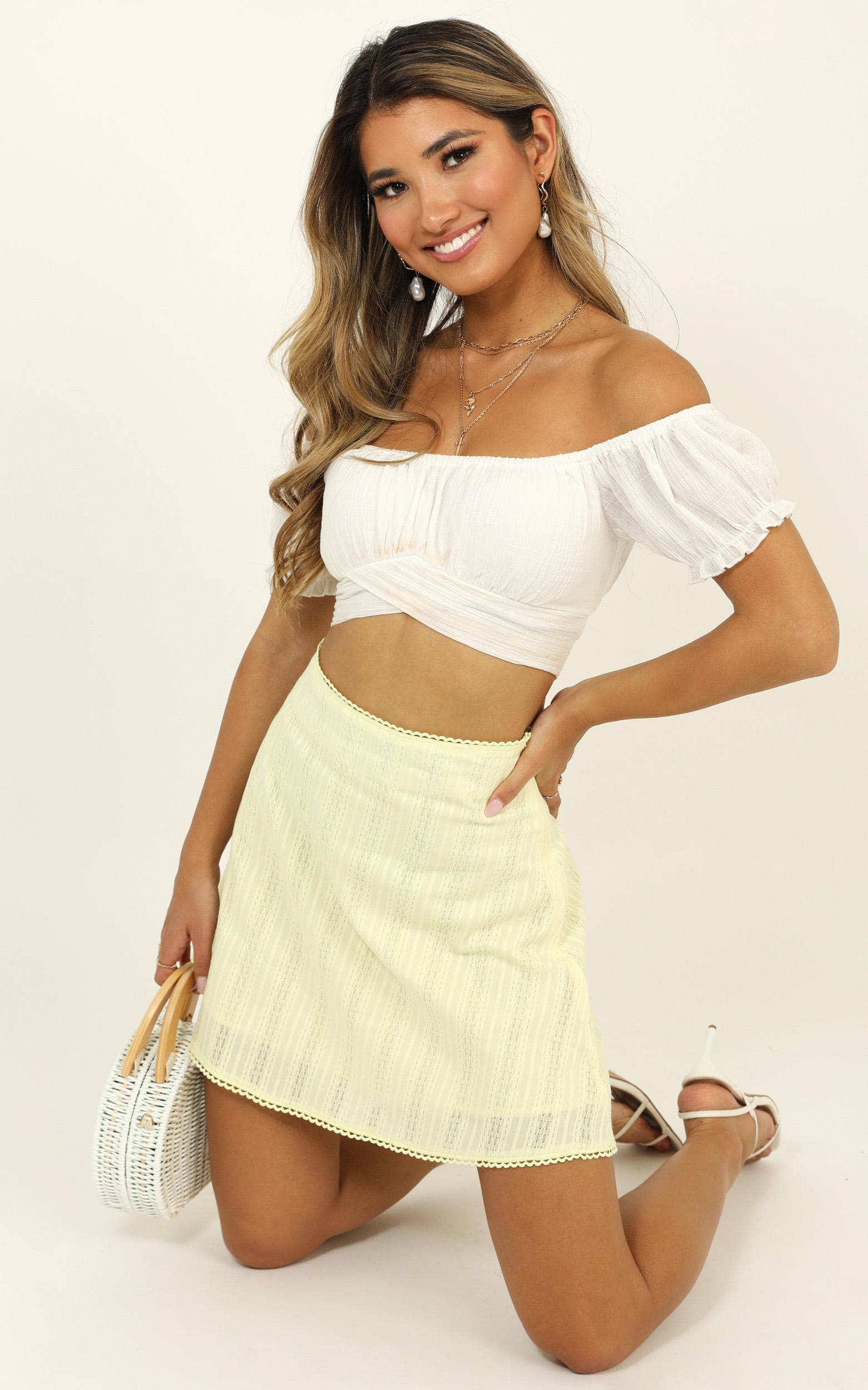 Ask The World Skirt In Yellow - 12 (L), Yellow, hi-res image number null