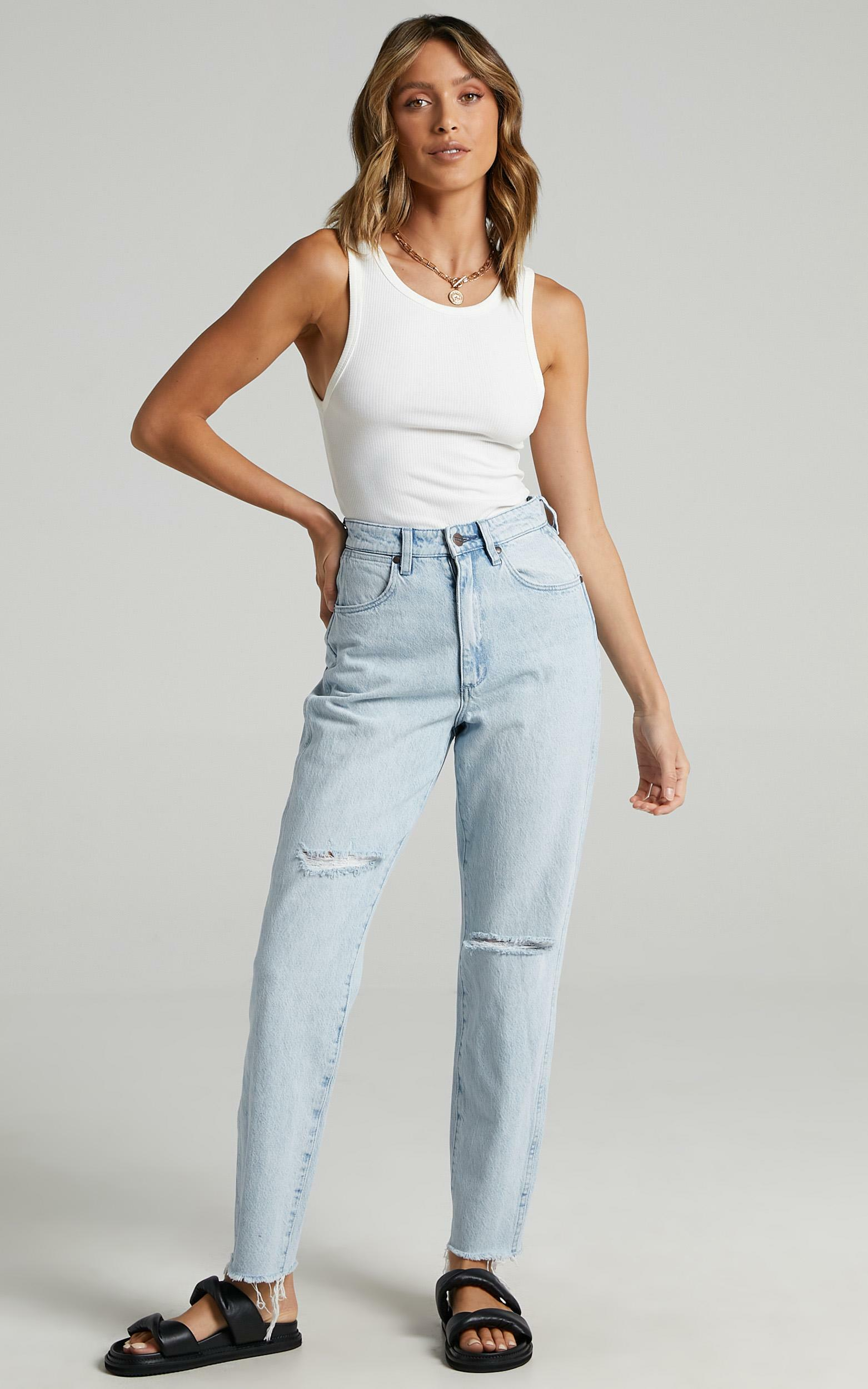 Wrangler - Drew Jean in Blue Chain - 6 (XS), Blue, hi-res image number null