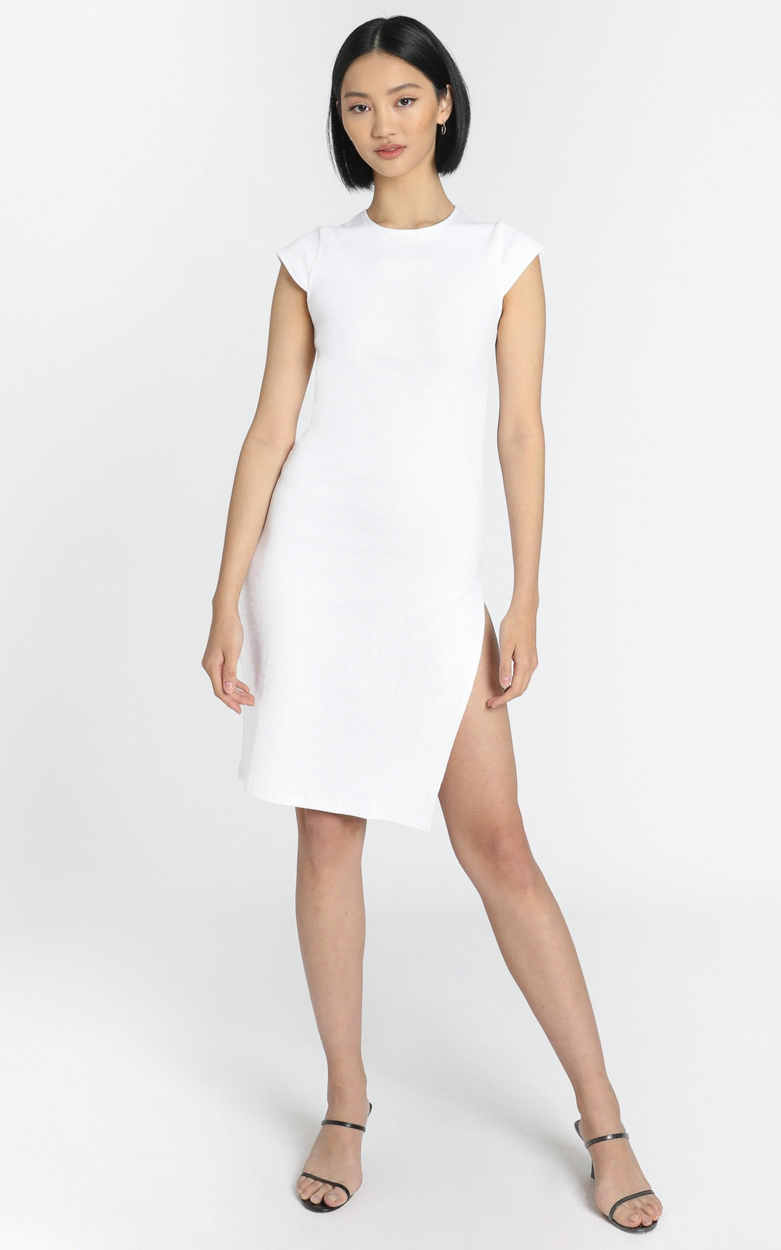 Lioness - Don't Blame me Midi dress in White - 6 (XS), White, hi-res image number null