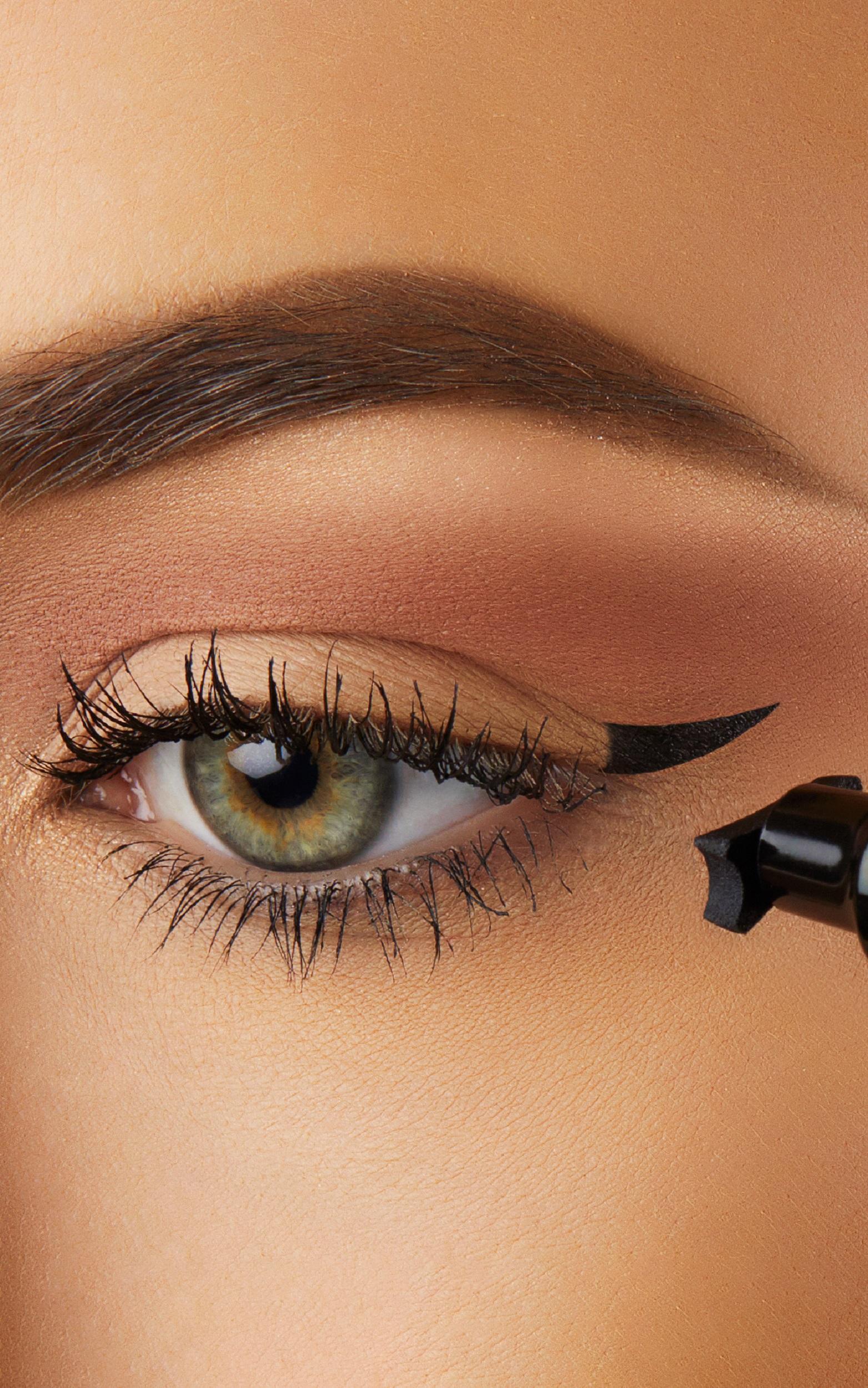 The Quick Flick - Petite 8mm Wing Eyeliner in Black, Black, hi-res image number null