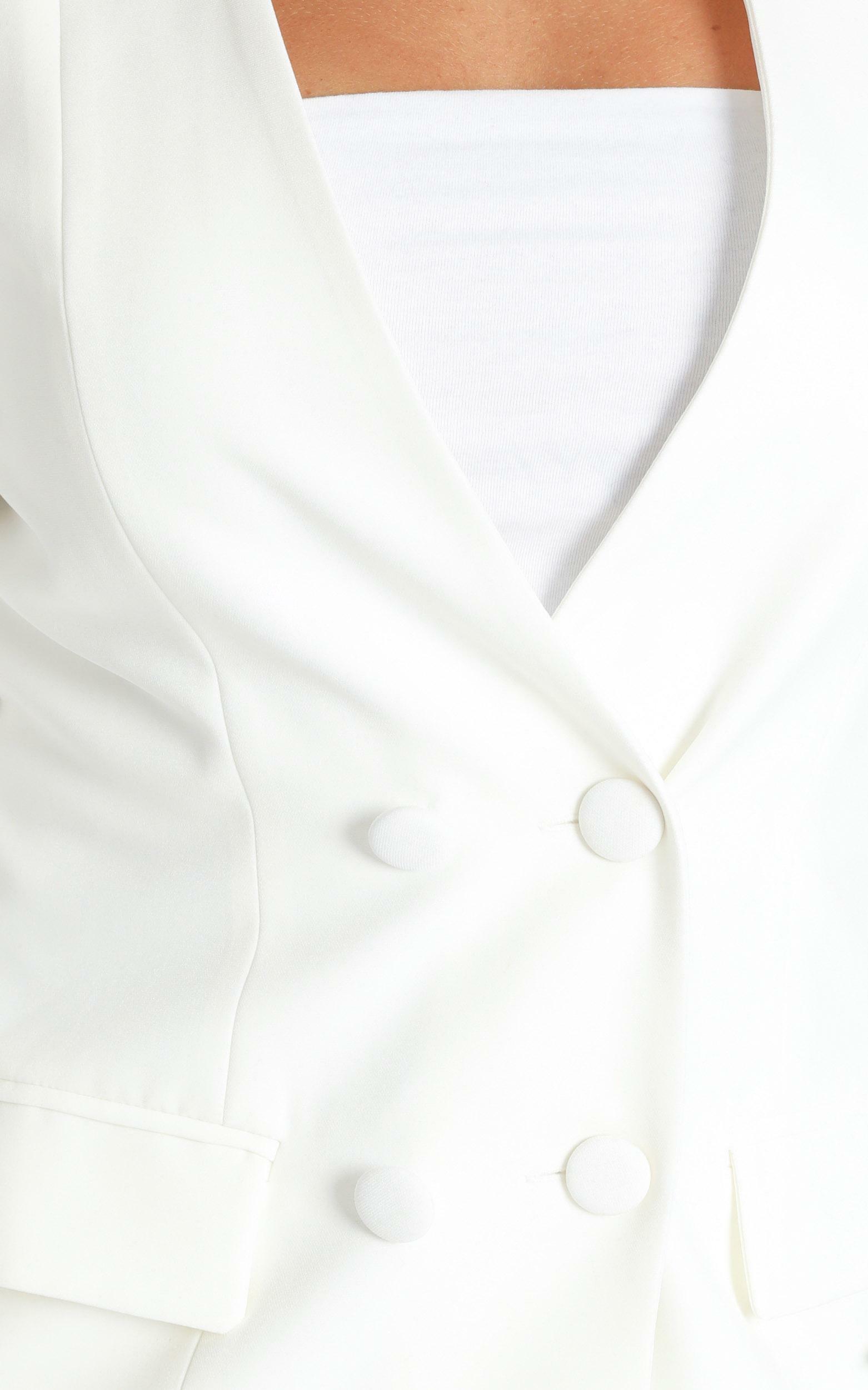 Running Thin Blazer in white - 14 (XL), White, hi-res image number null
