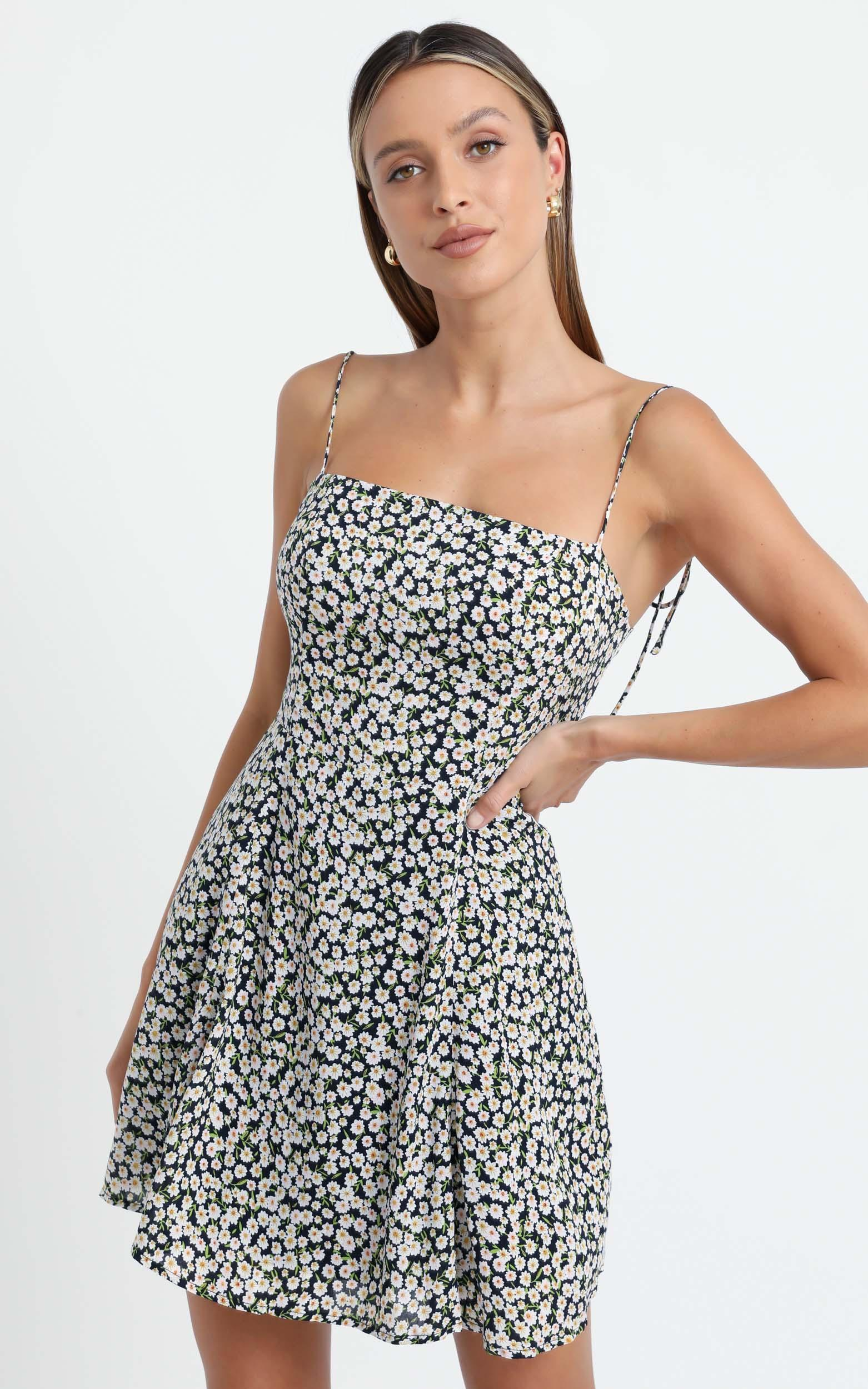 Roll With Me Dress in Navy Floral - 6 (XS), Navy, hi-res image number null