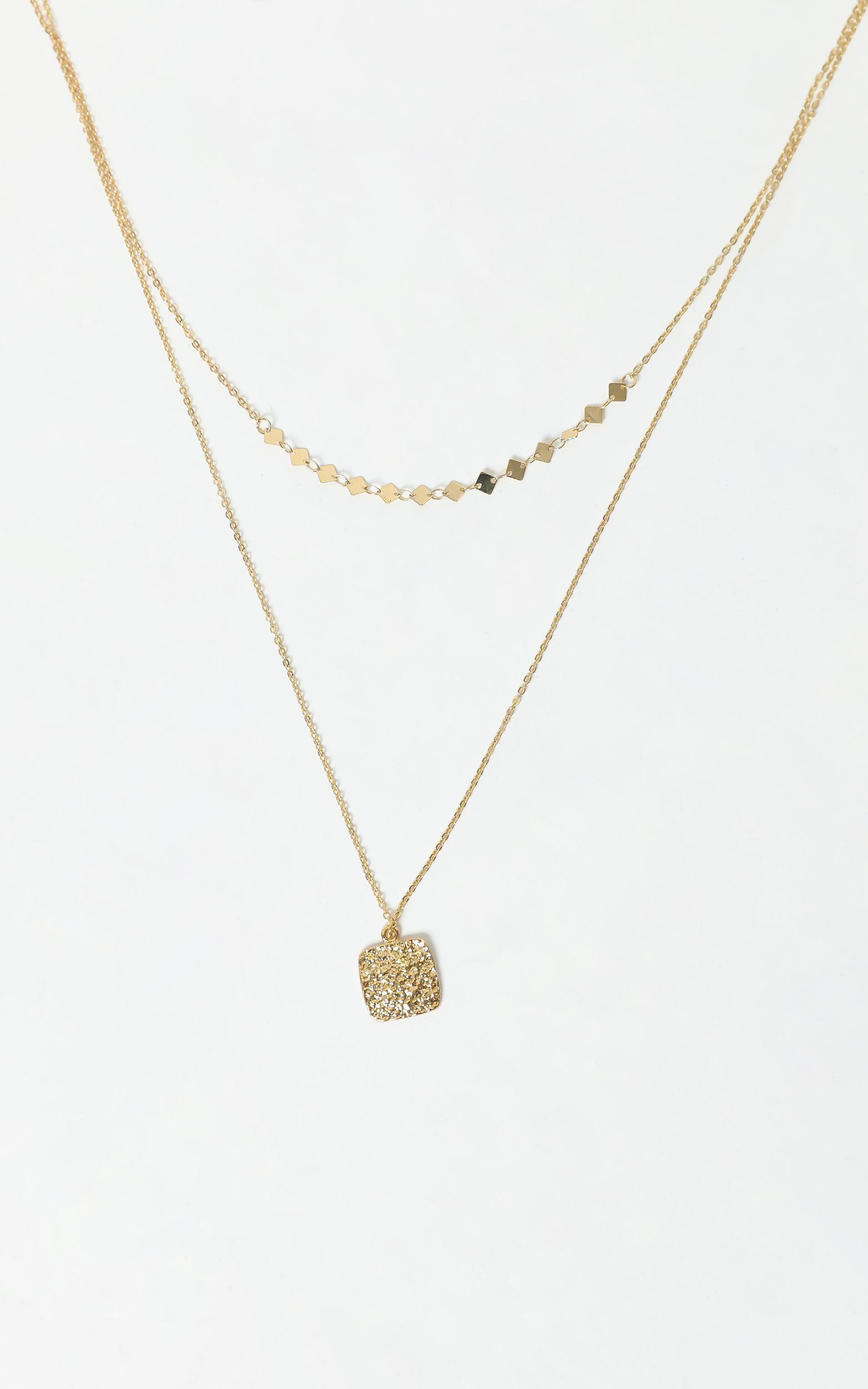 Pendent Necklace in Gold, , hi-res image number null