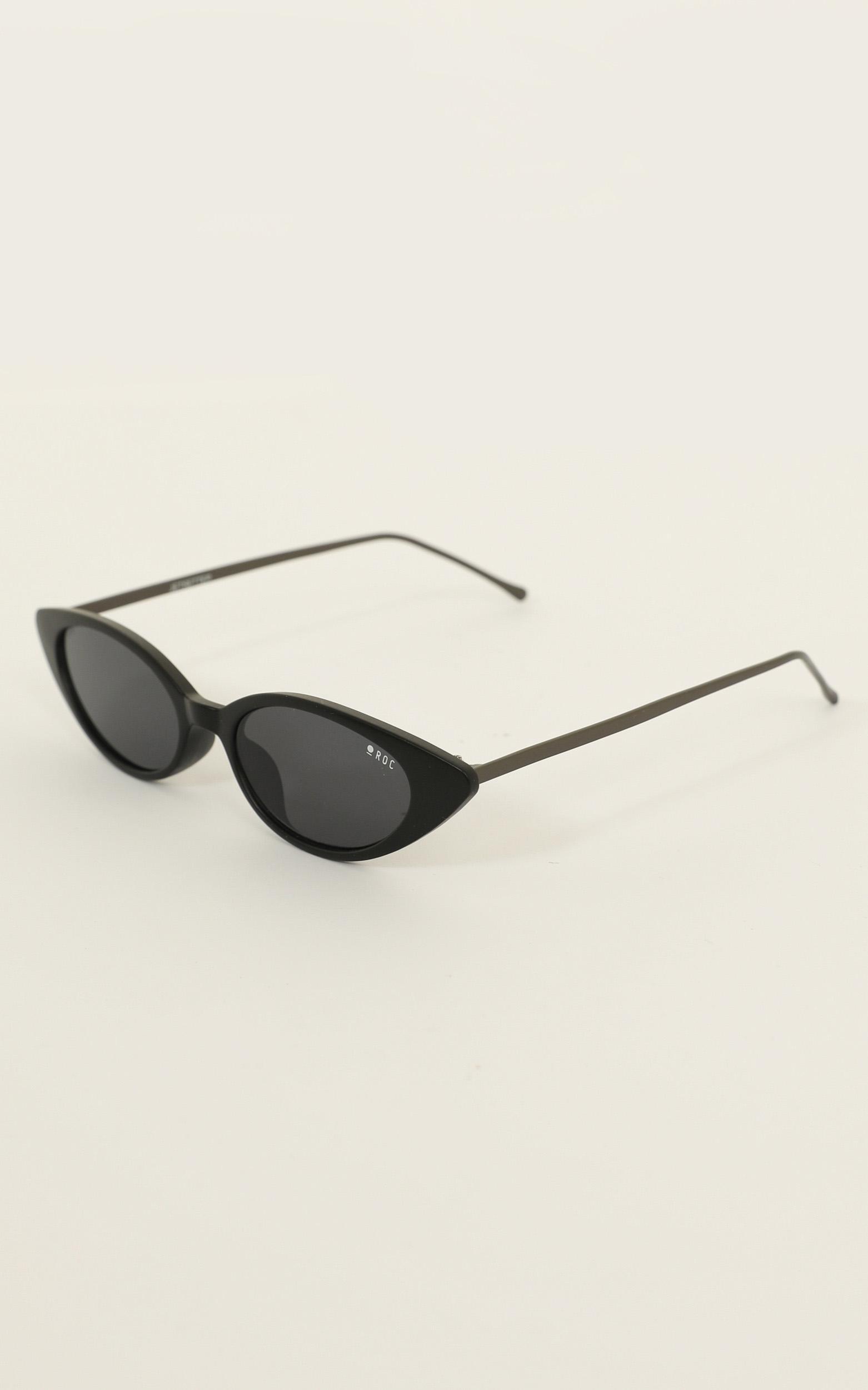 Roc - Jetsetter Sunglasses In Matte Black, , hi-res image number null