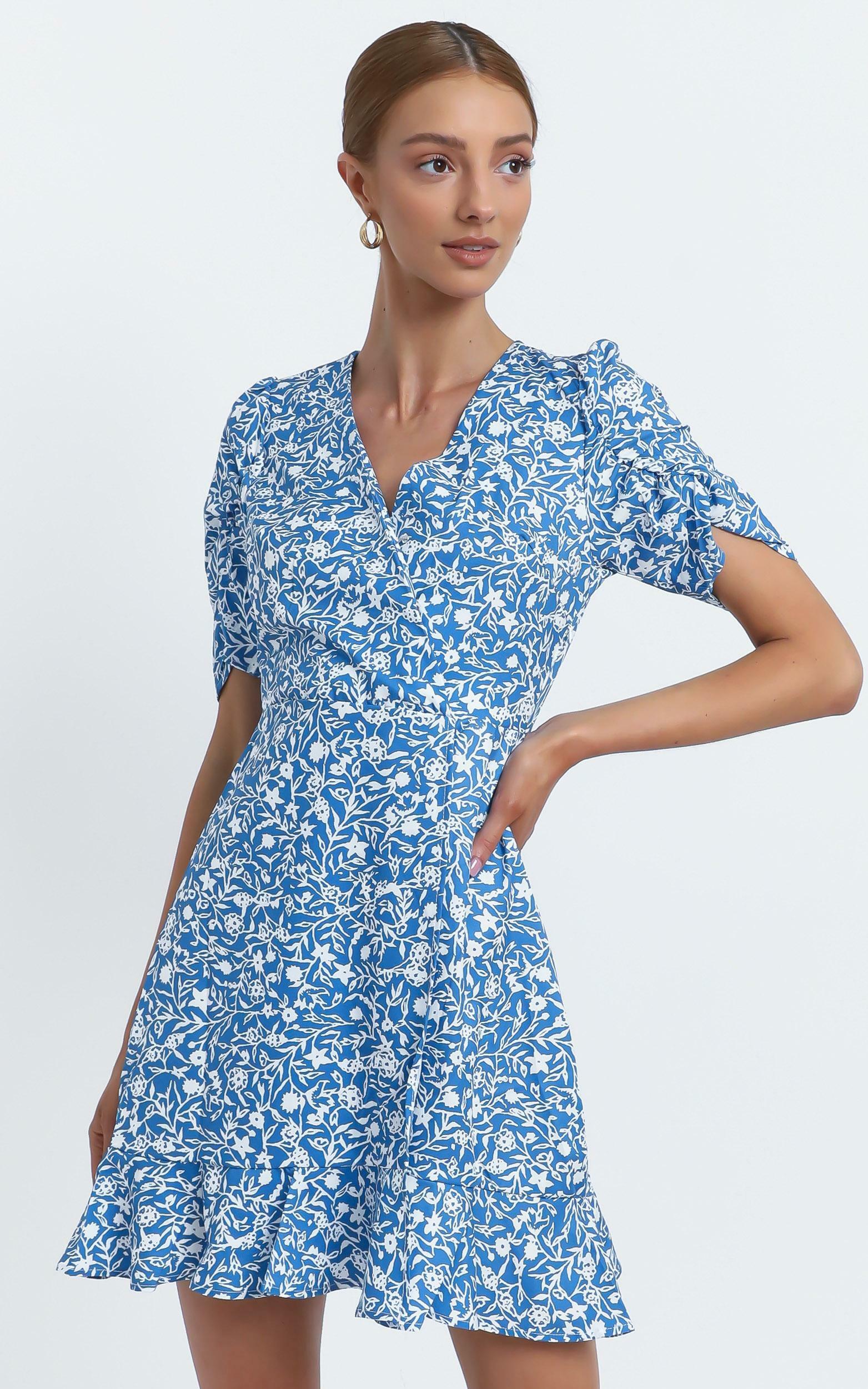 Sapphira Dress in Blue Floral - 12 (L), Blue, hi-res image number null
