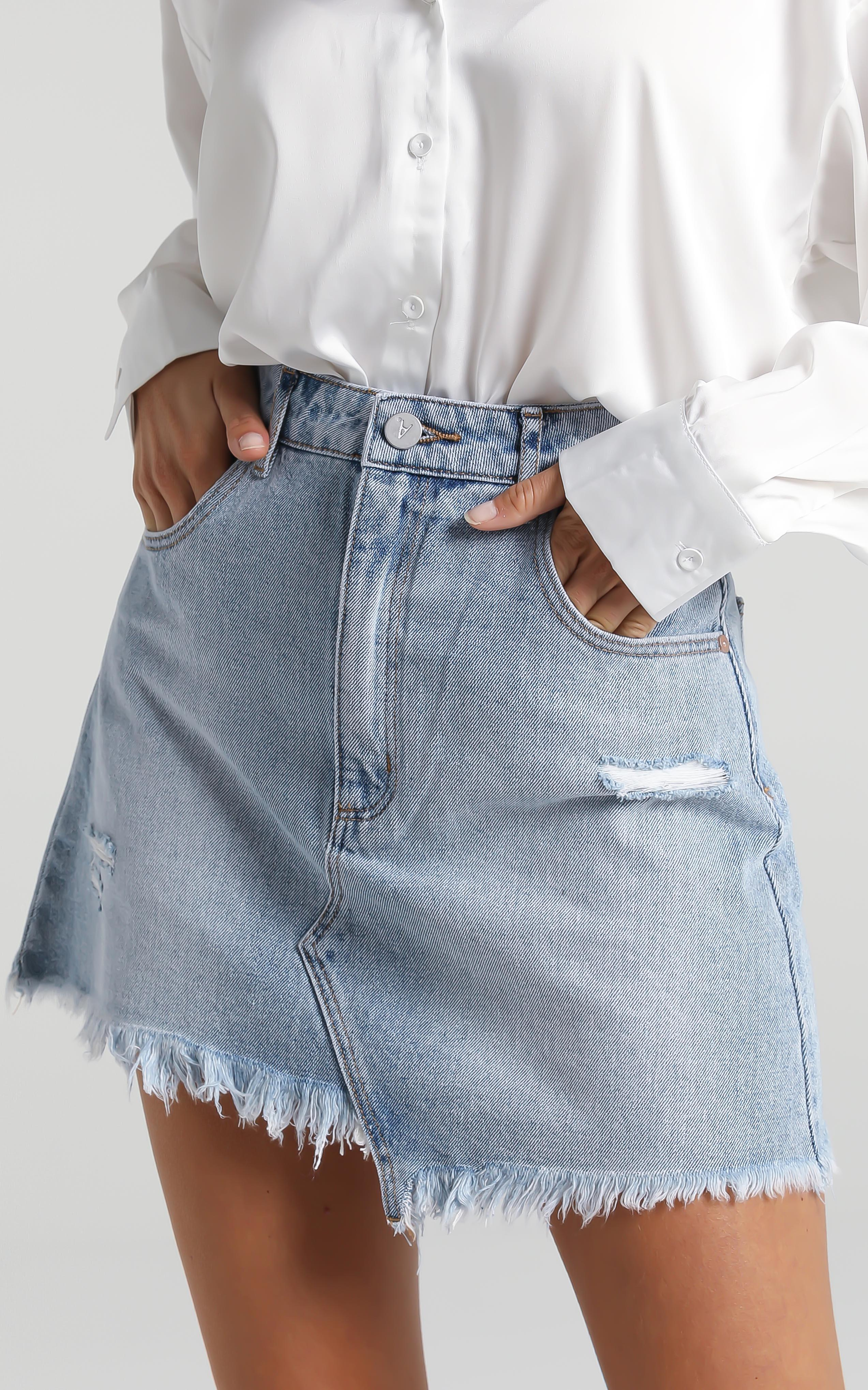 Abrand - A Aline Denim Skirt in Nancy - 6 (XS), BLU12, hi-res image number null