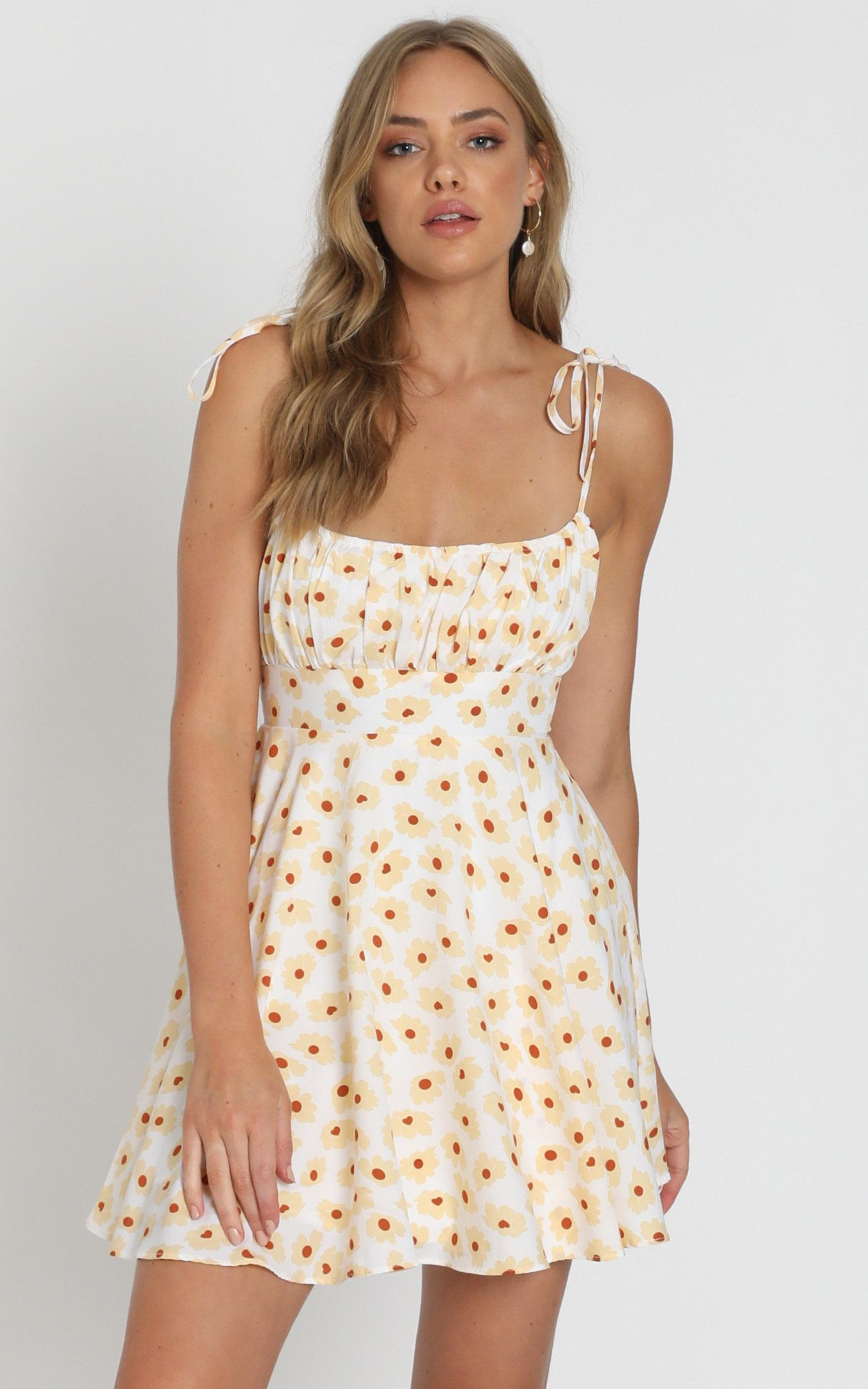Summer Jam Dress in white floral - 20 (XXXXL), White, hi-res image number null