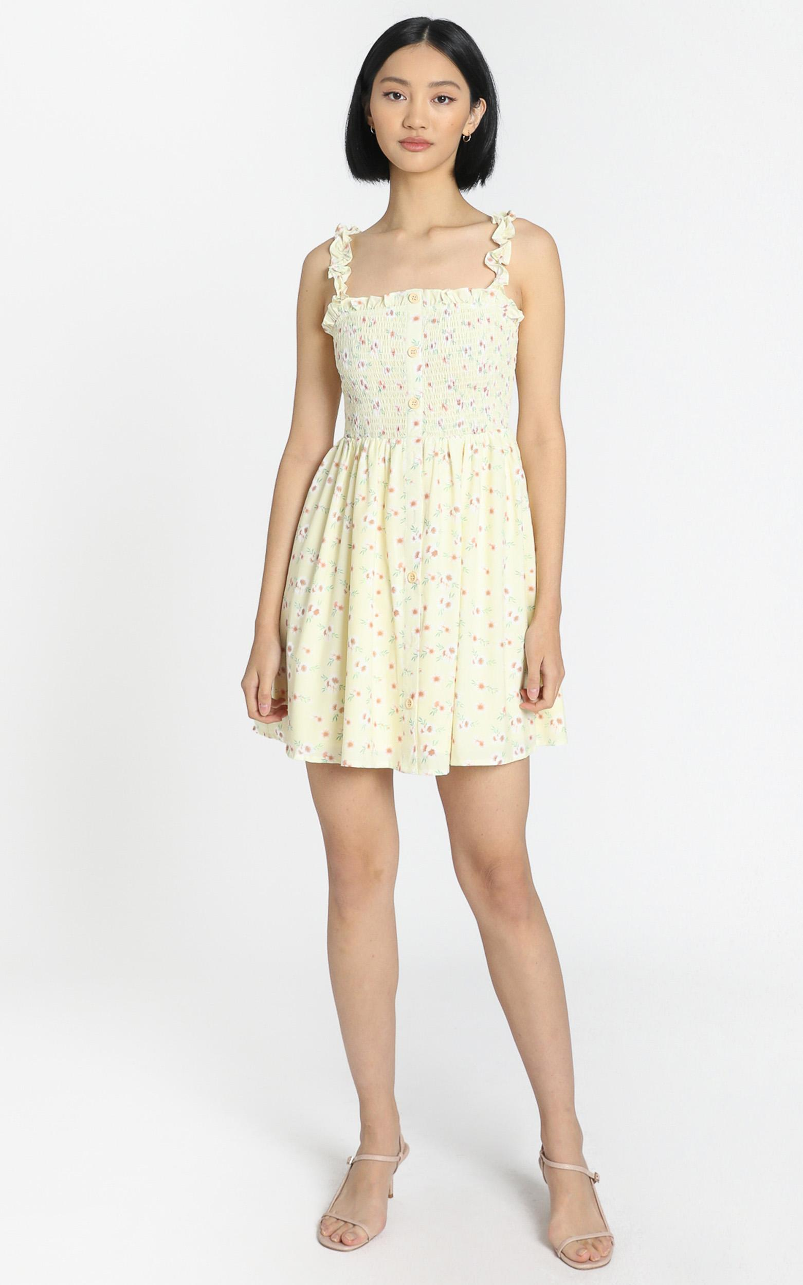 Summer Rain Mini in Yellow Floral - 6 (XS), Yellow, hi-res image number null