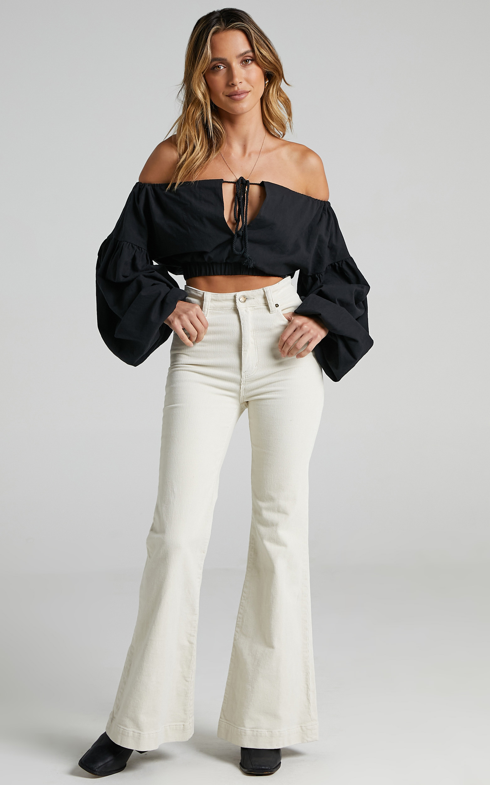 Sully Top in Black - 16, BLK1, hi-res image number null