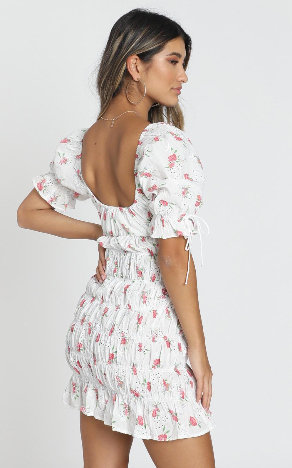Sukie Dress in white floral - 12 (L), White, hi-res image number null
