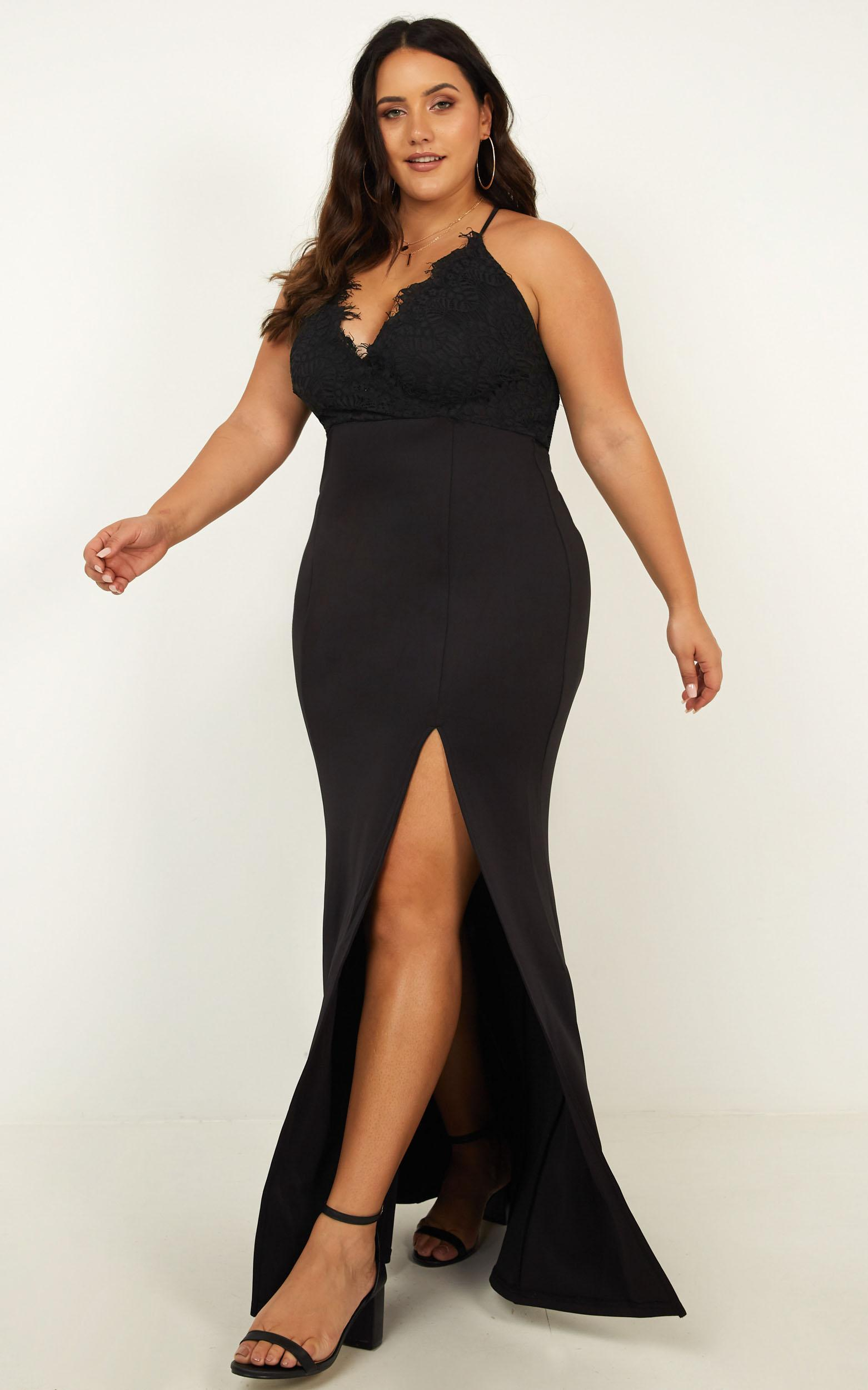 The Icon Maxi Dress in black - 20 (XXXXL), Black, hi-res image number null