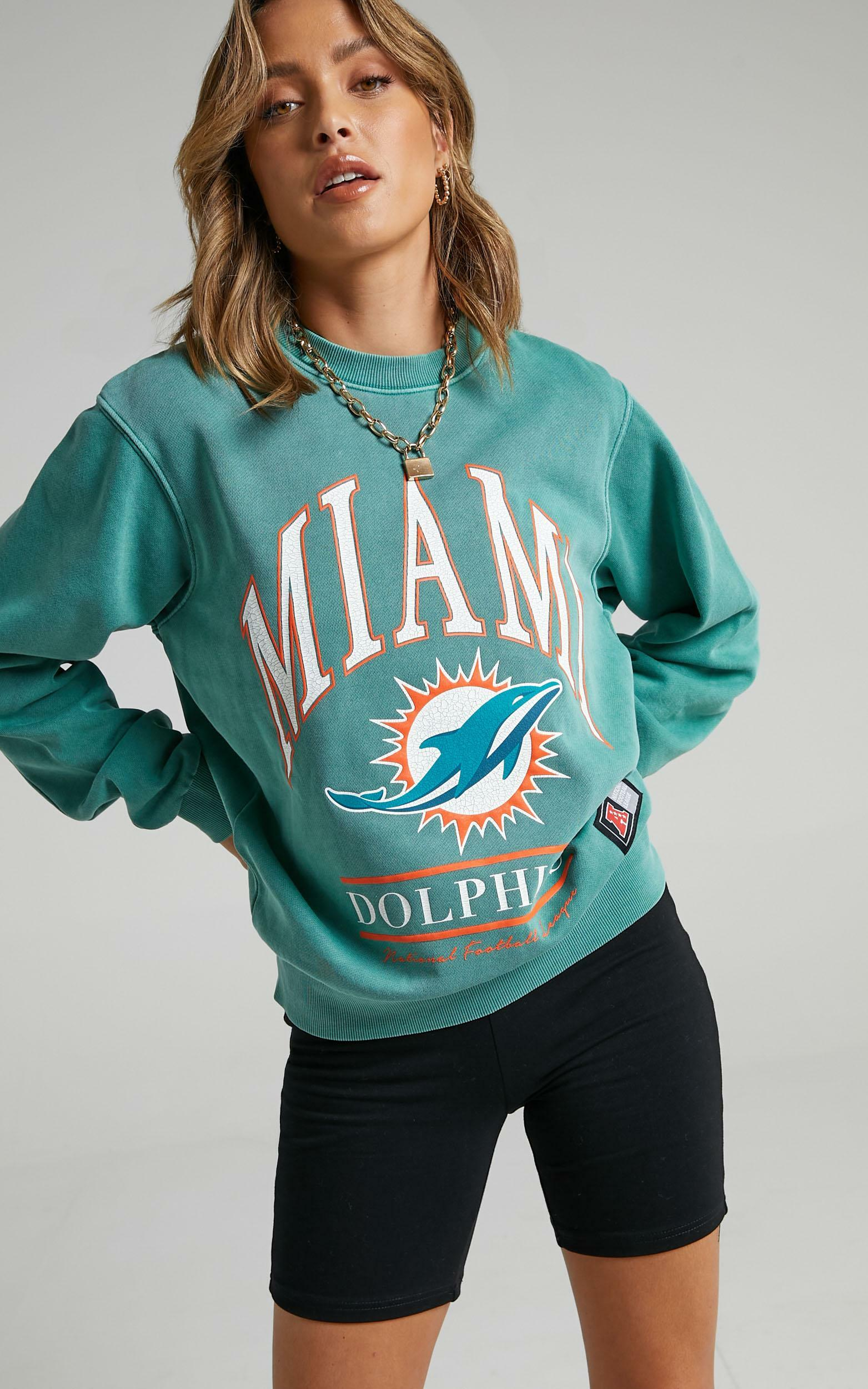 Majestic - WMS Vintage NFL Arch Crew Dolphin in Teal - XS, GRN8, hi-res image number null