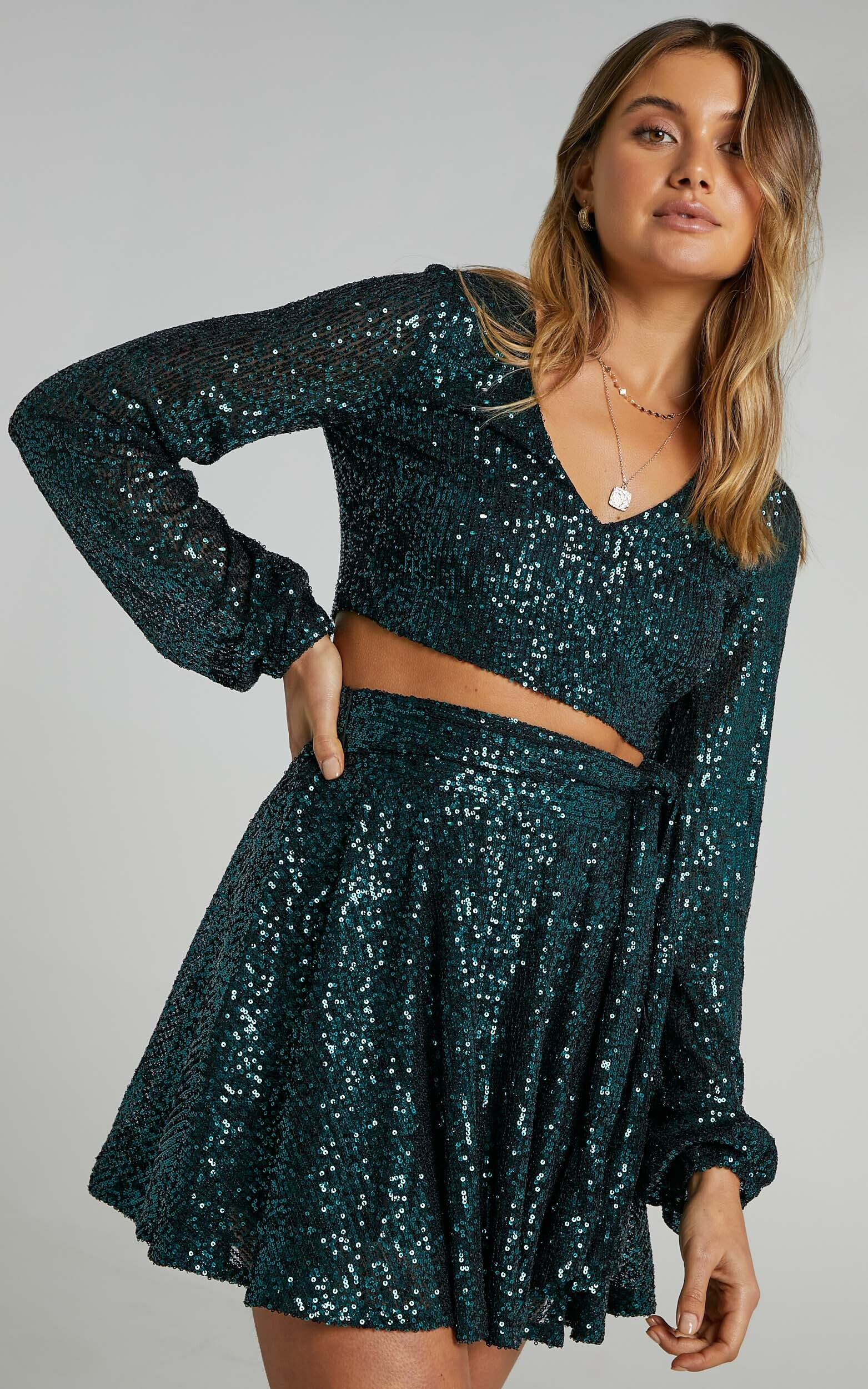 Cami Longsleeve Two Piece Set in Emerald Sequin - 06, GRN1, hi-res image number null