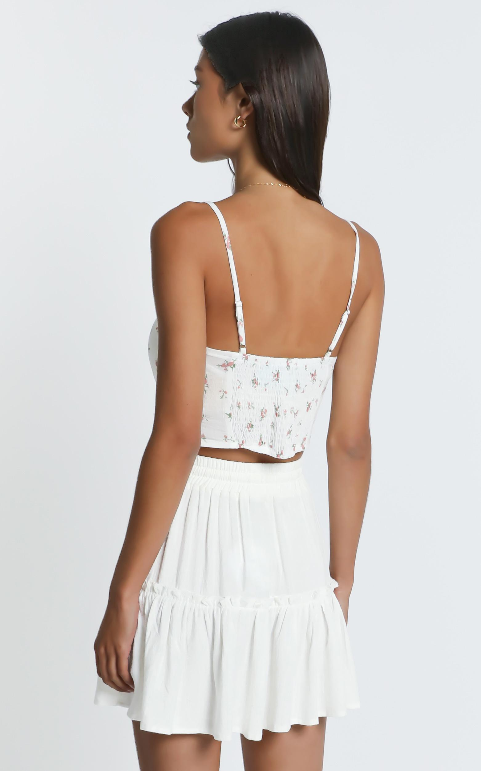 Tennessee Top in White Floral - 6 (XS), White, hi-res image number null