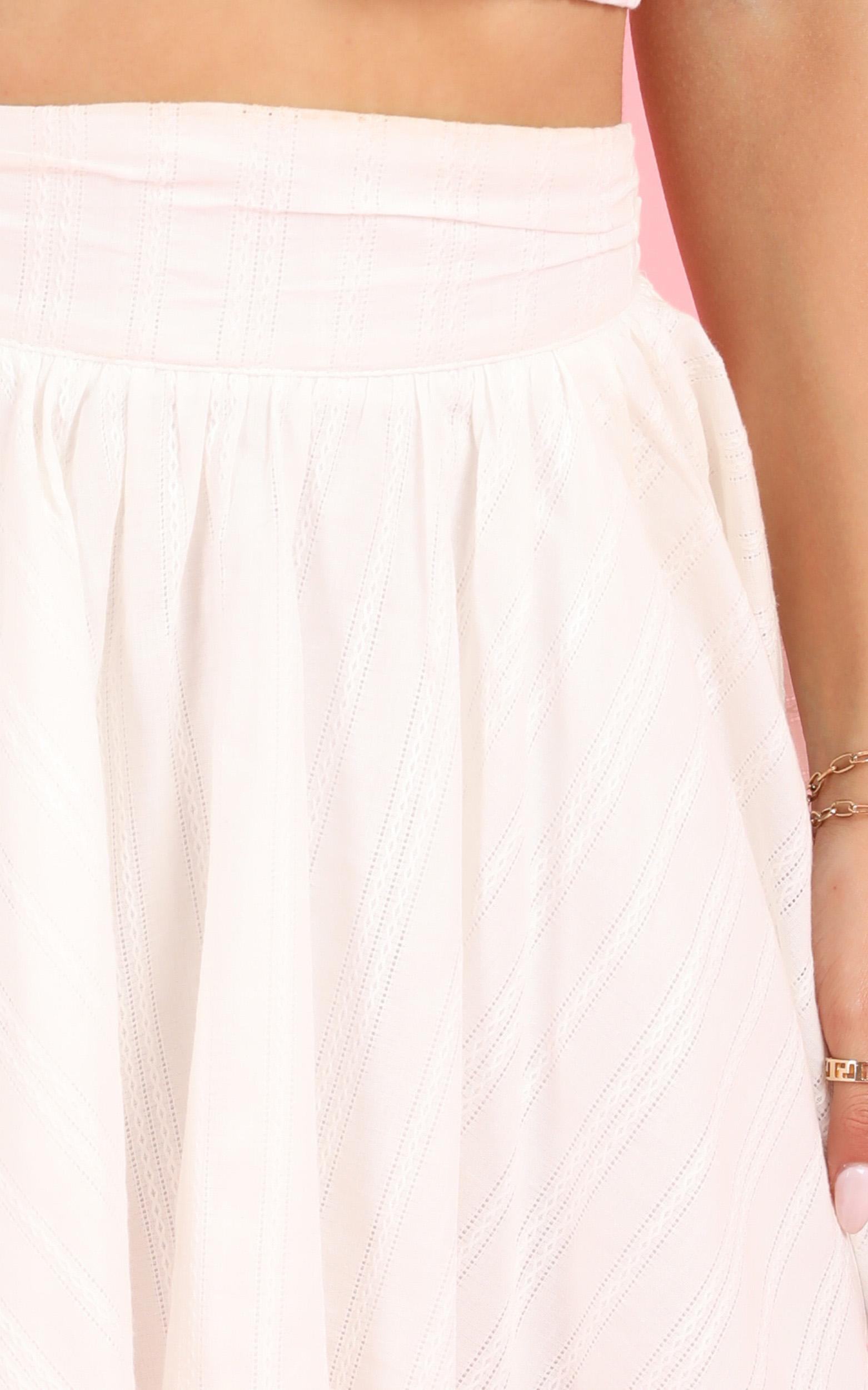 Pretty Damn Good Skirt in white linen look - 16 (XXL), White, hi-res image number null