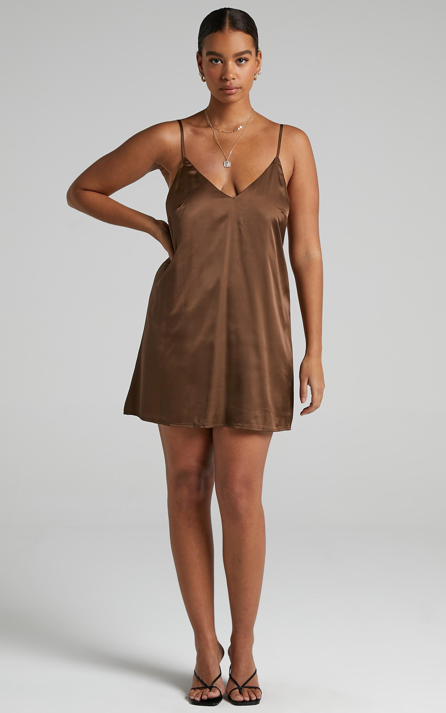 Elif Dress in Chocolate Satin - 06, BRN4, hi-res image number null