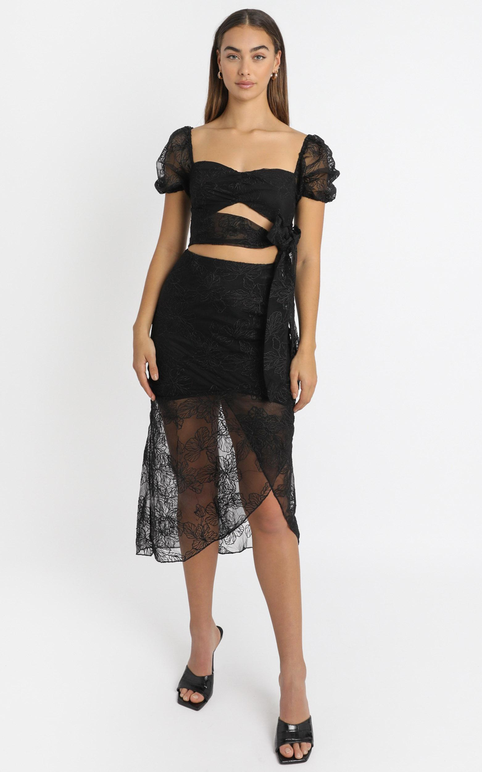 Kamilla Tie Front Midi Dress in black embroidery - 6 (XS), Black, hi-res image number null