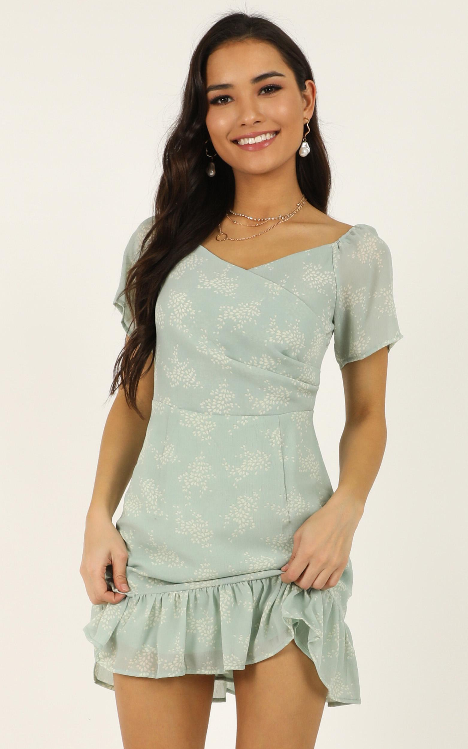 Awake At Dawn dress in mint floral - 14 (XL), Green, hi-res image number null