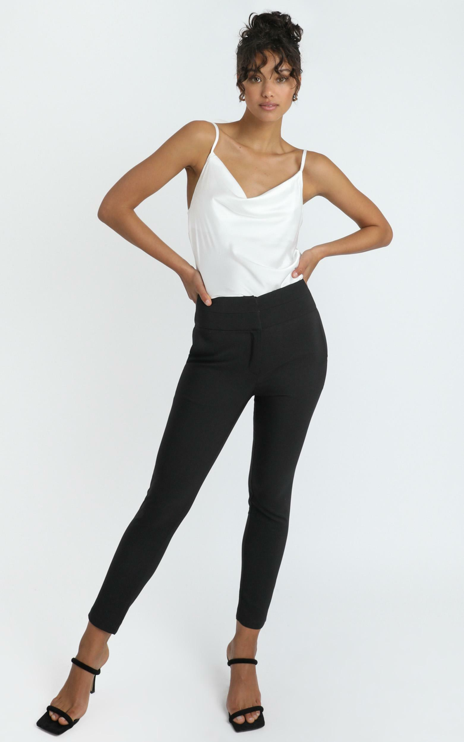 Straight Line Top in White - 04, WHT11, hi-res image number null