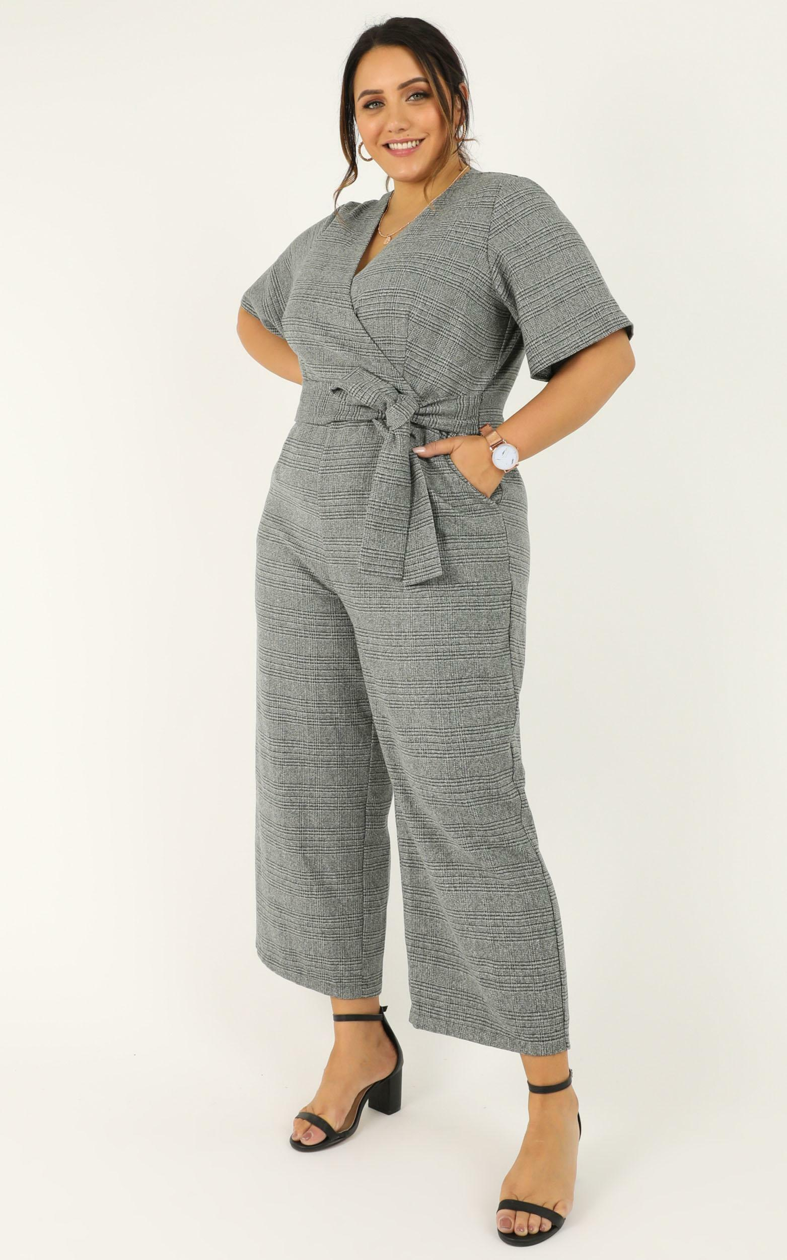City Dweller Jumpsuit in grey check - 18 (XXXL), Grey, hi-res image number null