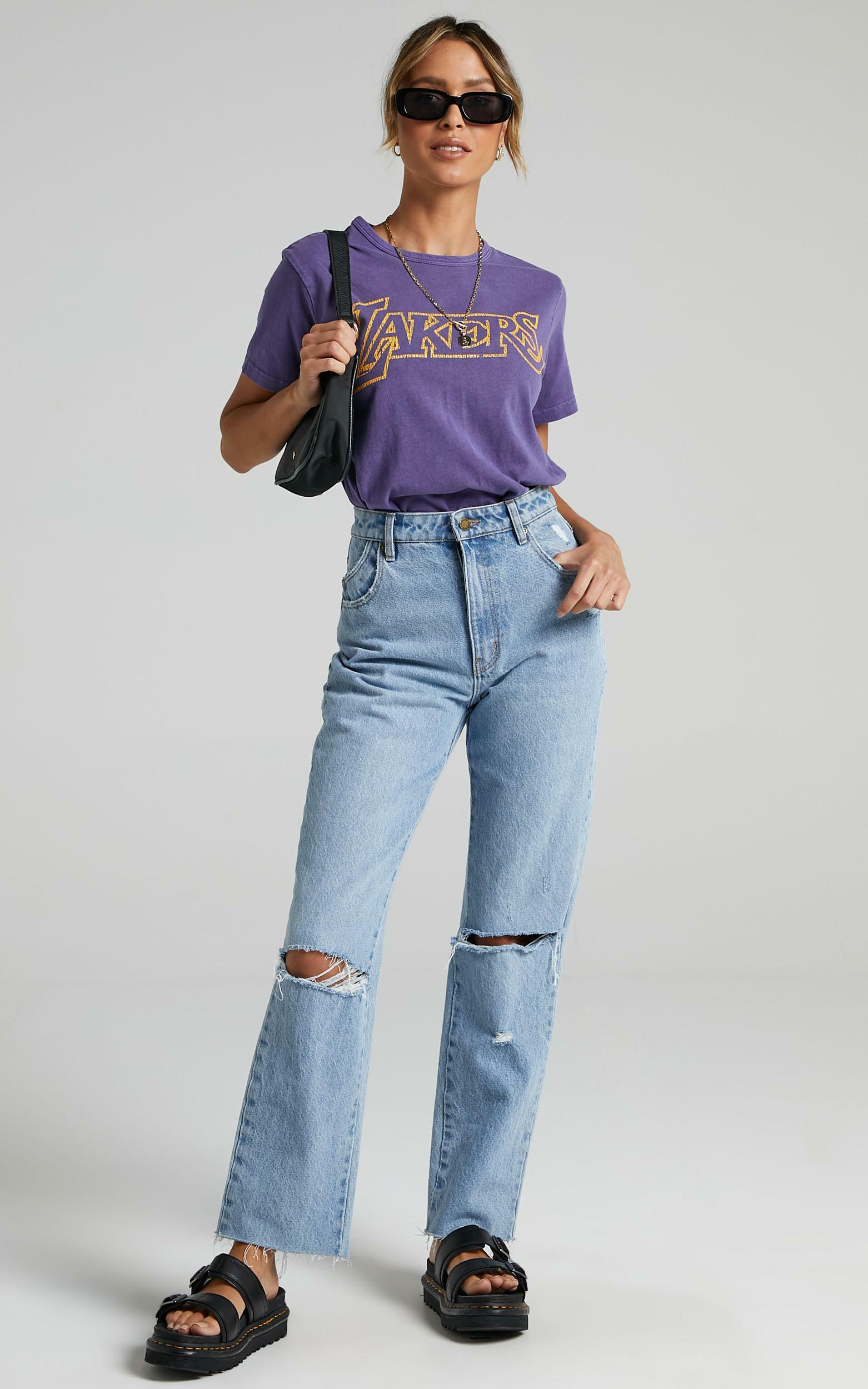 Mitchell & Ness - WMS Vintage Team Logo Tee Lakers in Faded Purple - XS, PRP1, hi-res image number null