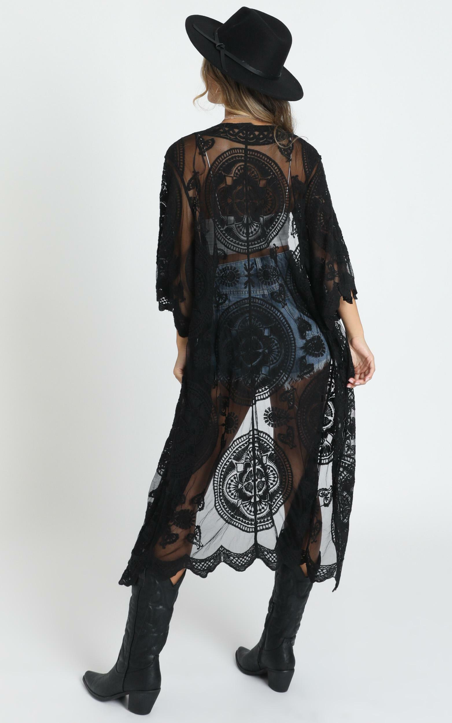 Heavy Hearted Kimono in Black - M/L, Black, hi-res image number null