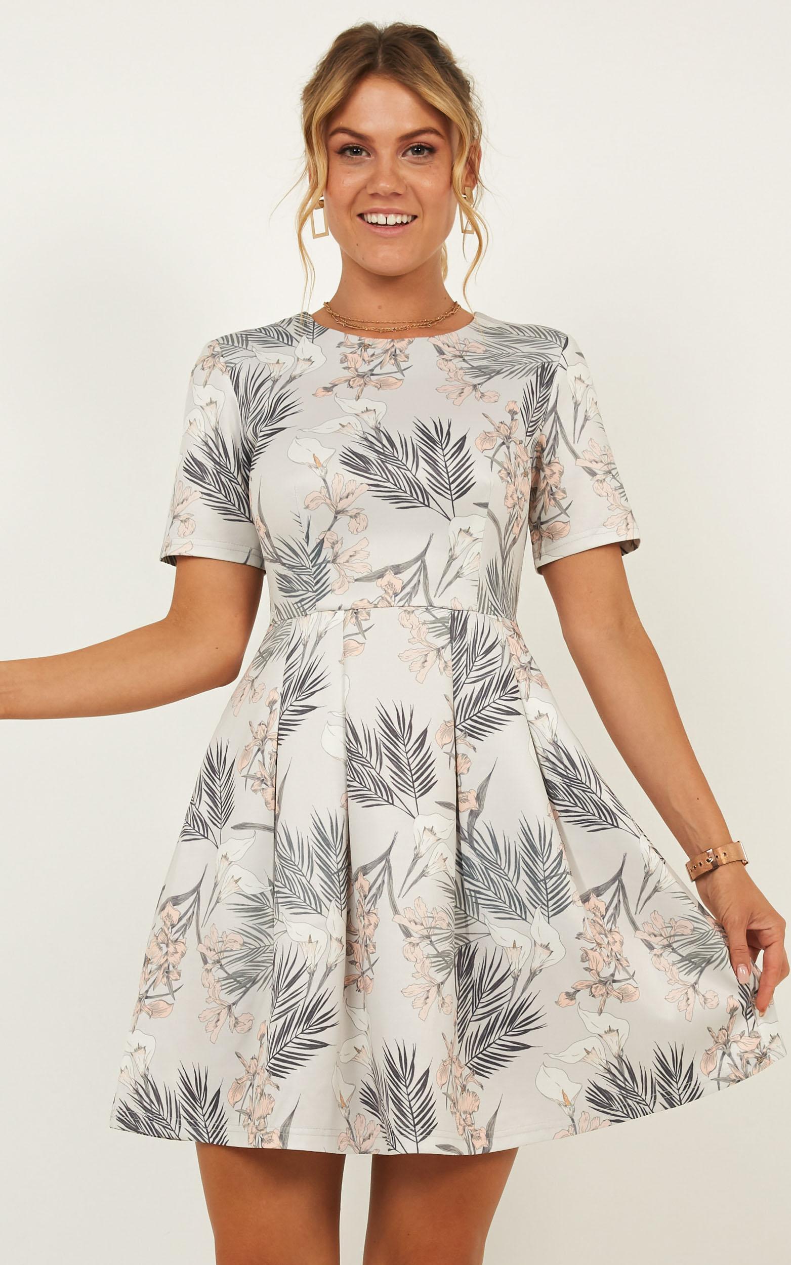 Meet the Parents Dress in Grey Floral - 20 (XXXXL), Beige, hi-res image number null