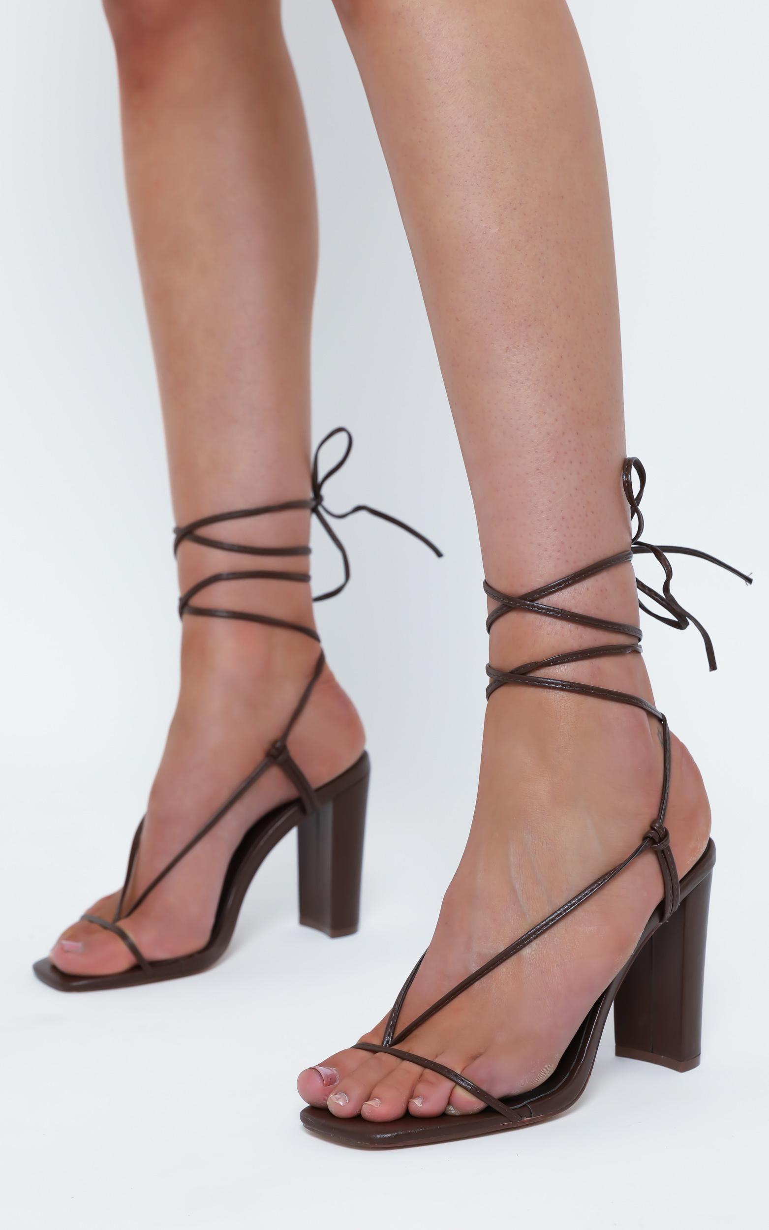 Billini - Virden Heels in Chocolate - 5, Brown, hi-res image number null