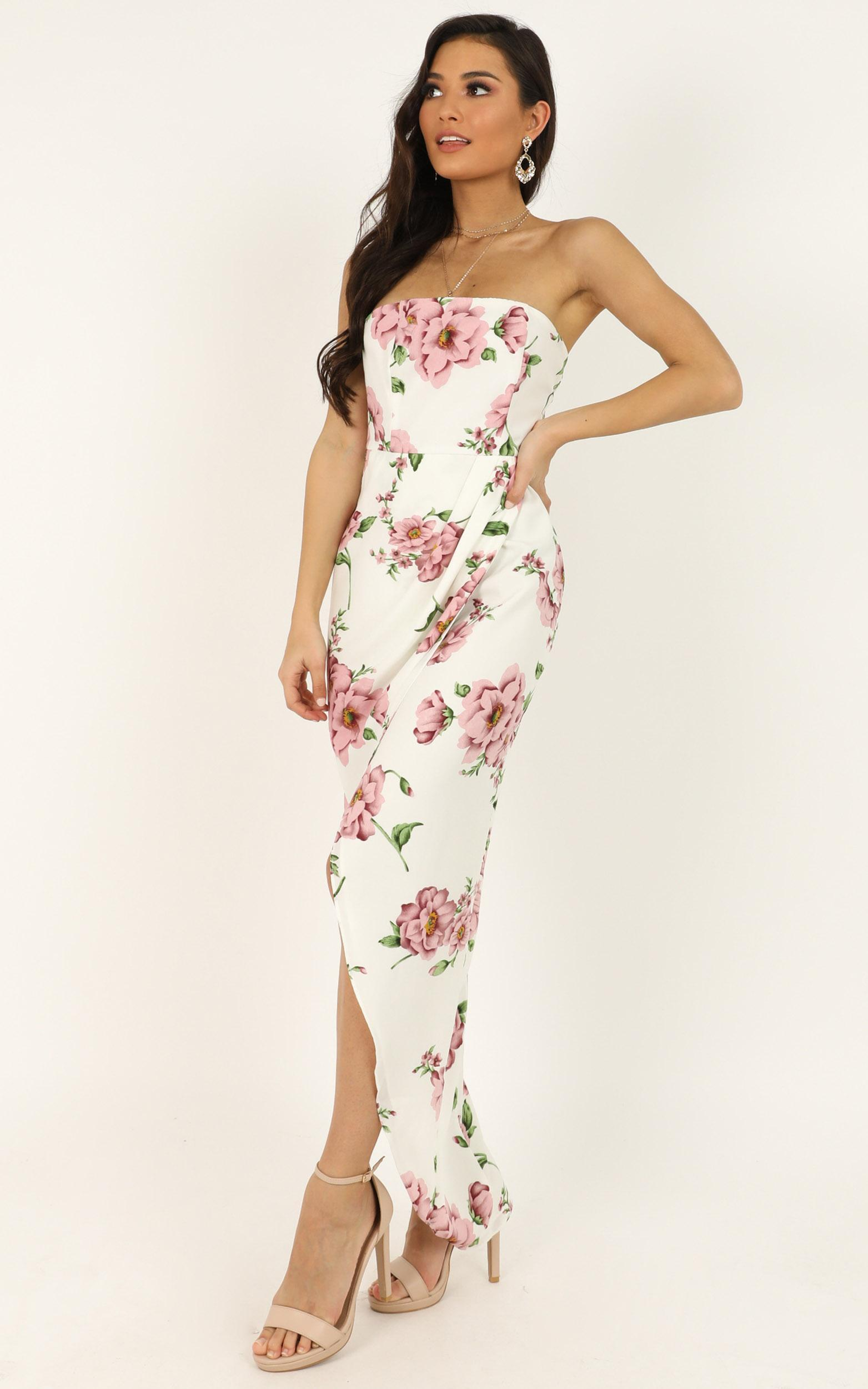 Take It From The Top Dress in white floral - 20 (XXXXL), White, hi-res image number null