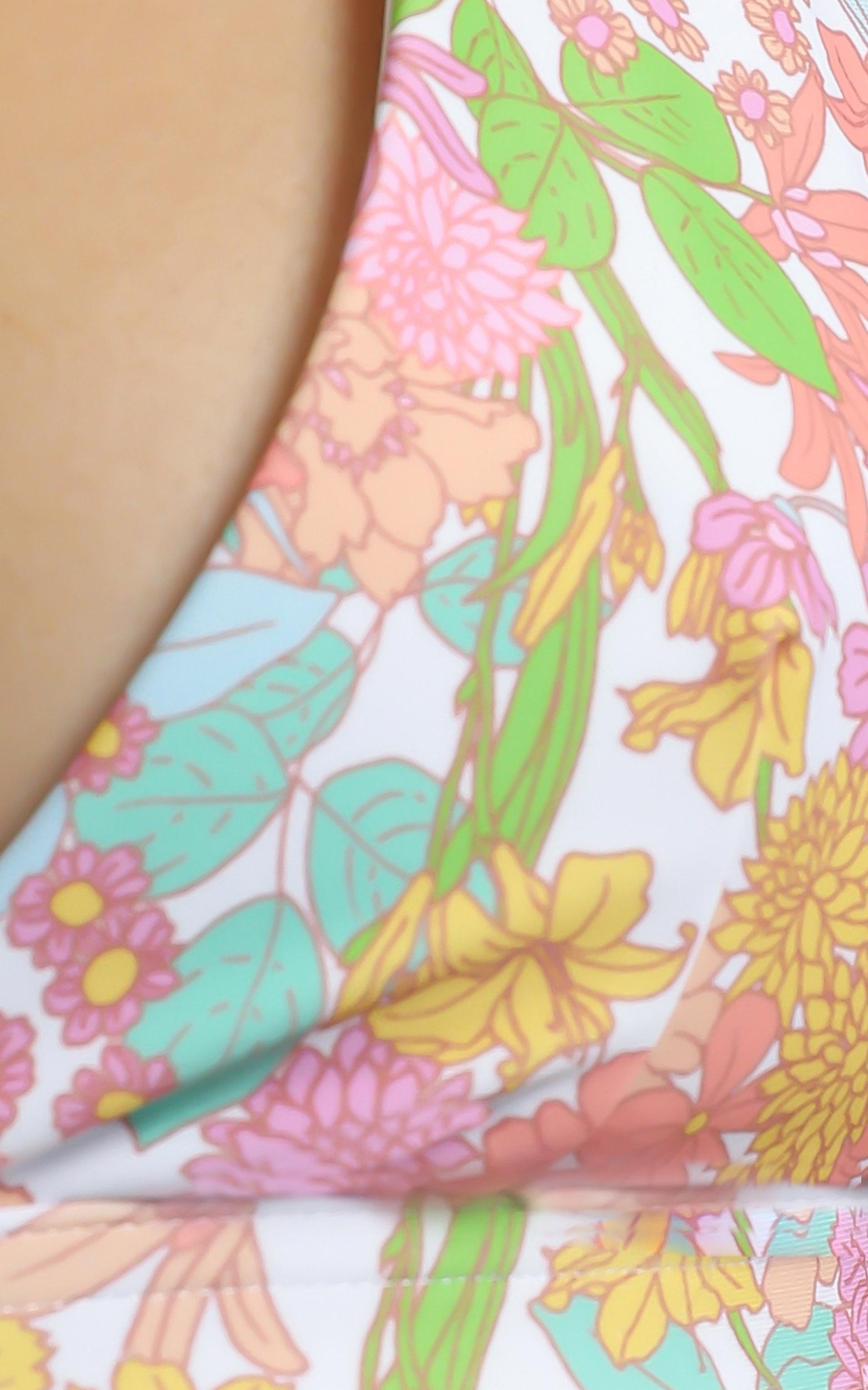 Barbara Bikini Top in Flower Field - 6 (XS), Pink, hi-res image number null