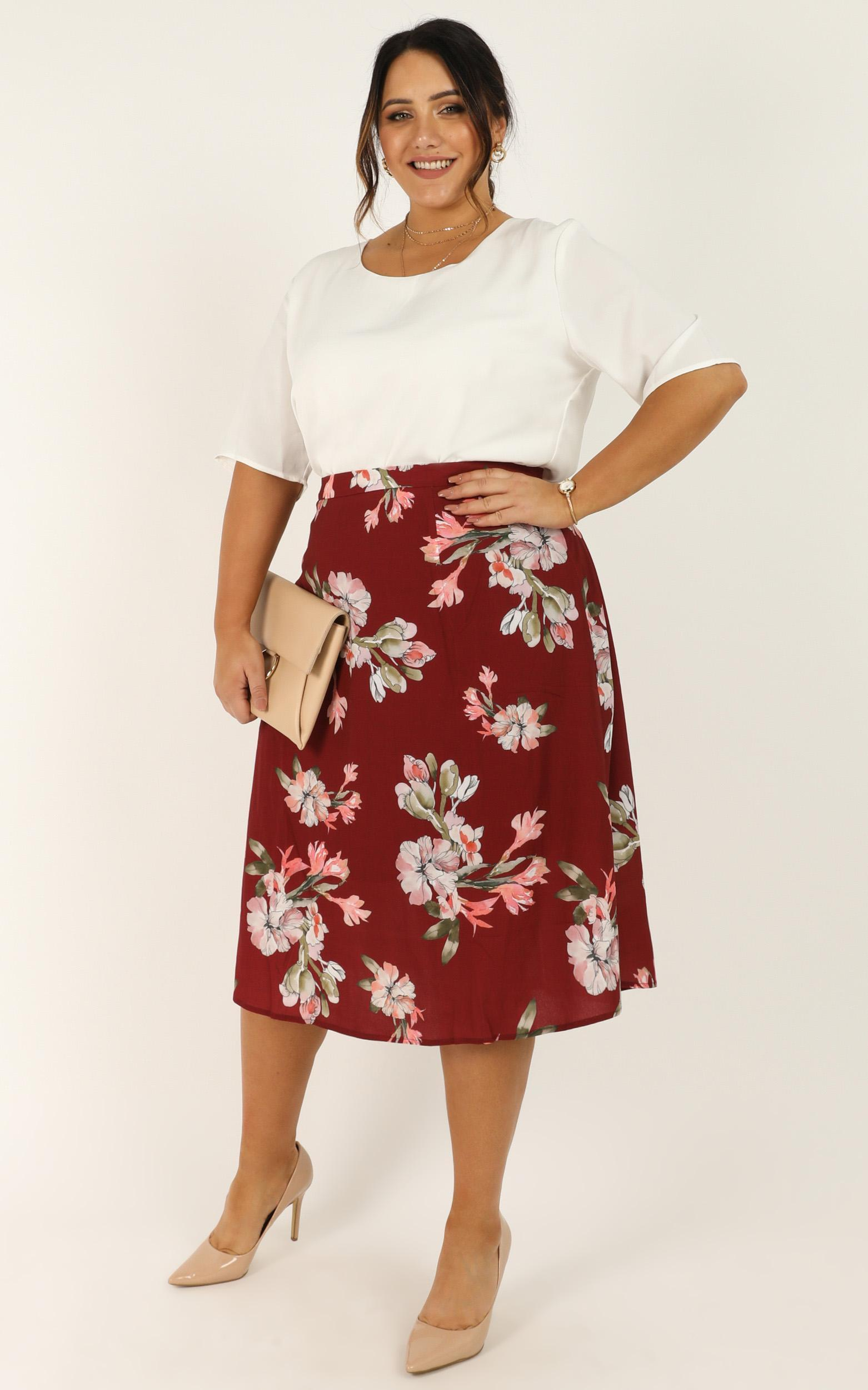 The Frenzy Skirt in wine floral - 20 (XXXXL), Wine, hi-res image number null