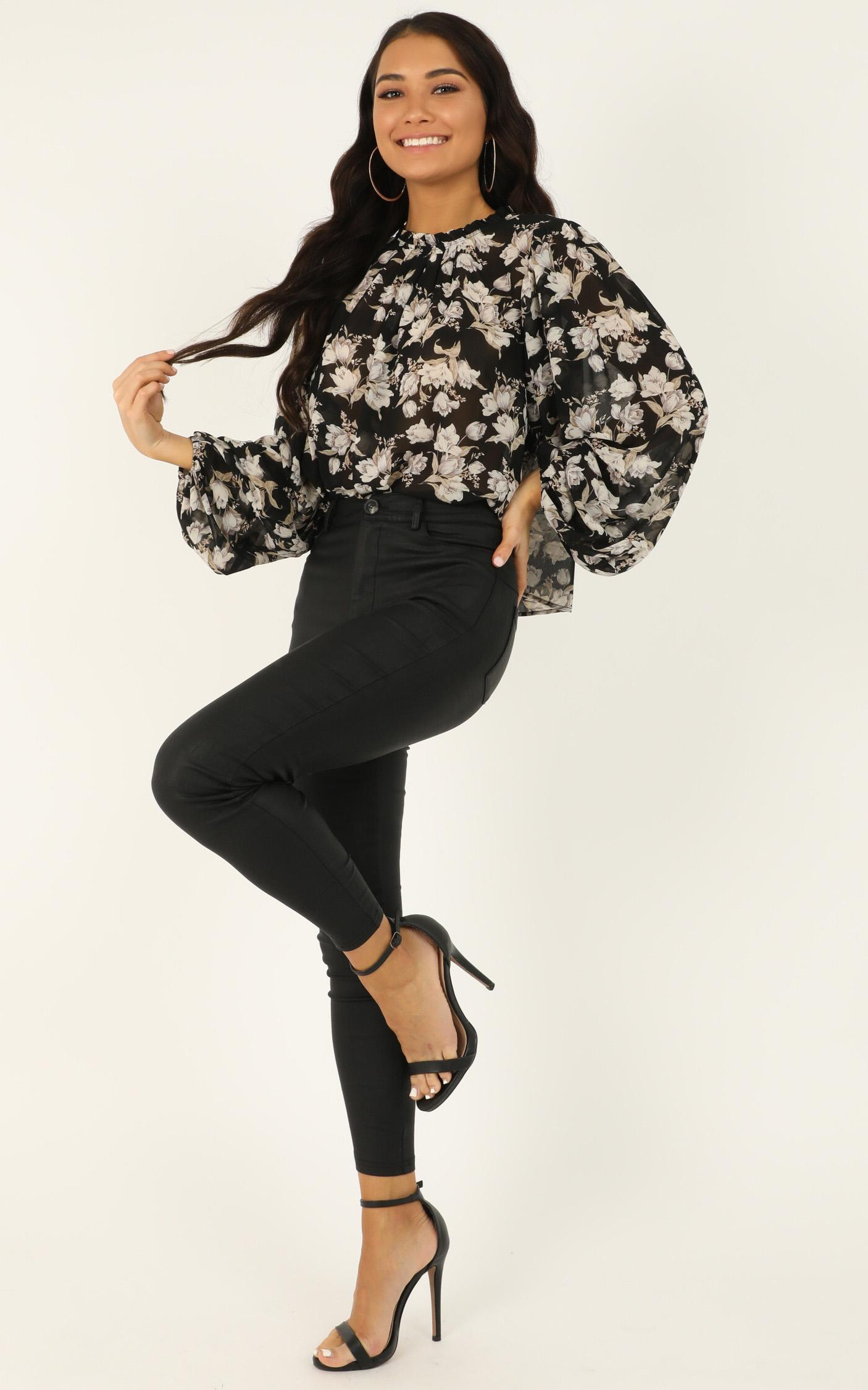 Iconic Girl Top In  black floral - 12 (L), Black, hi-res image number null