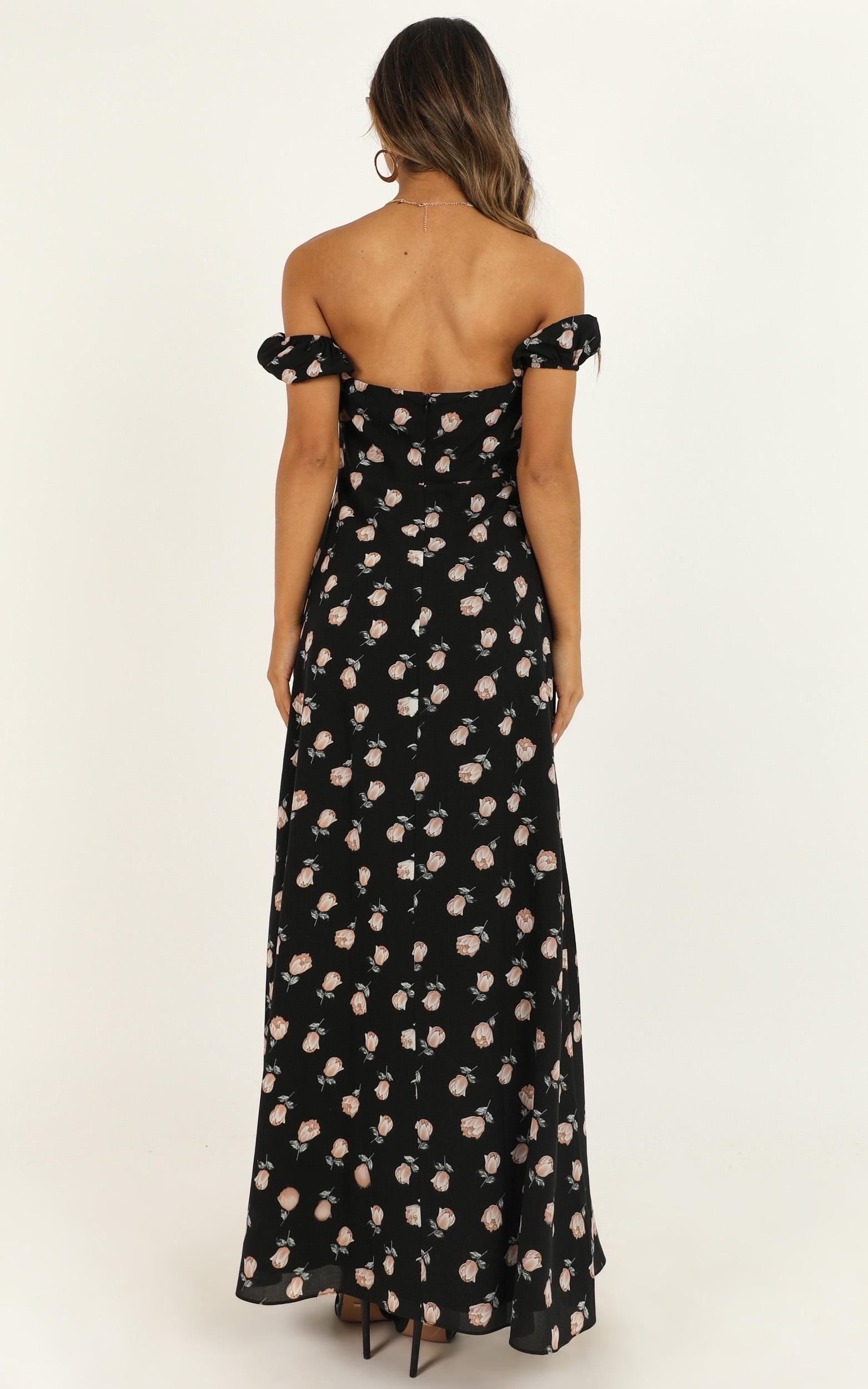 Too Busy Being In Love Dress In black floral - 20 (XXXXL), Black, hi-res image number null