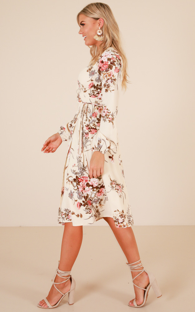 Hold The Line midi dress in cream floral - 20 (XXXXL), Cream, hi-res image number null