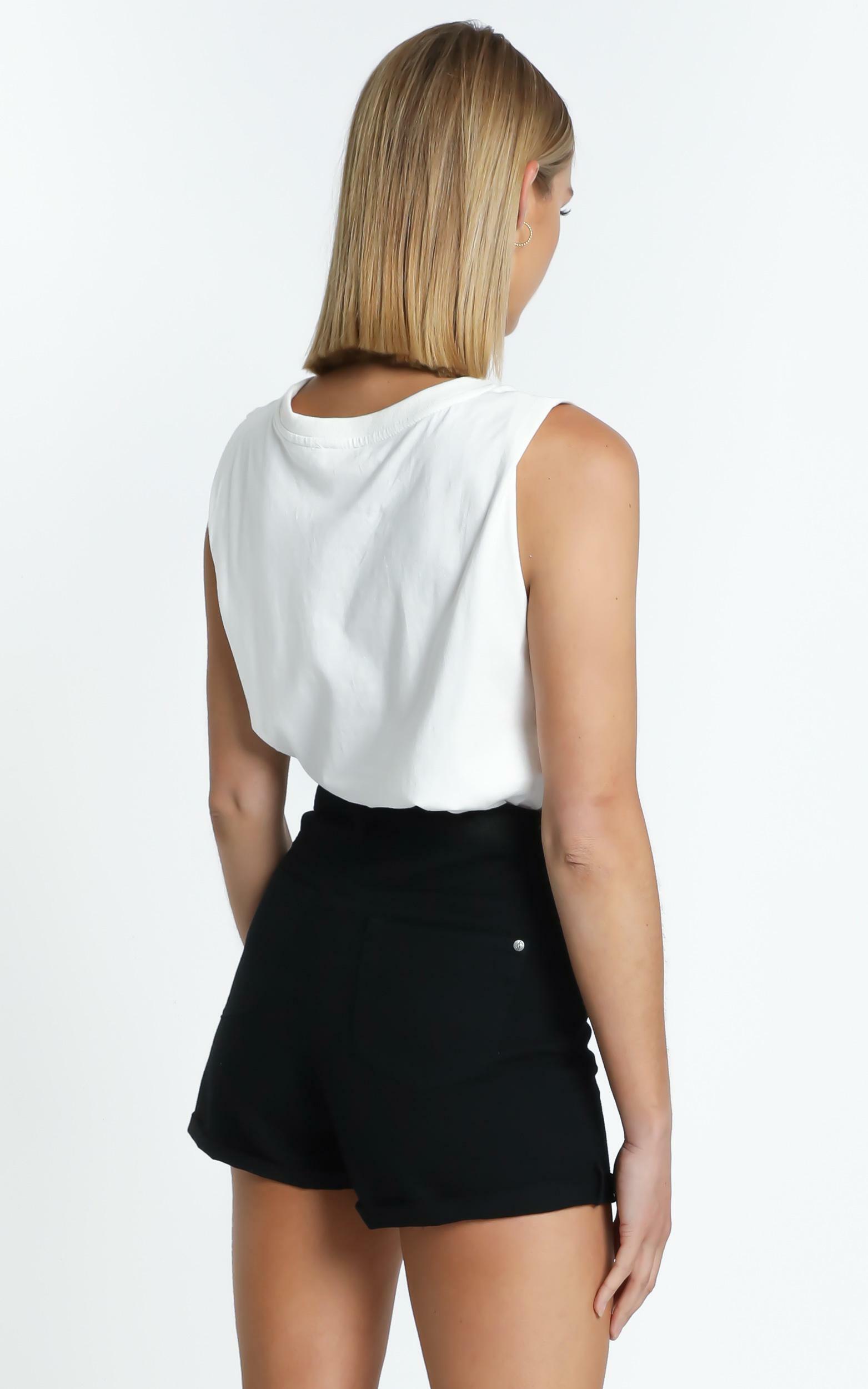 Heidi Shorts in Black - 6 (XS), Black, hi-res image number null