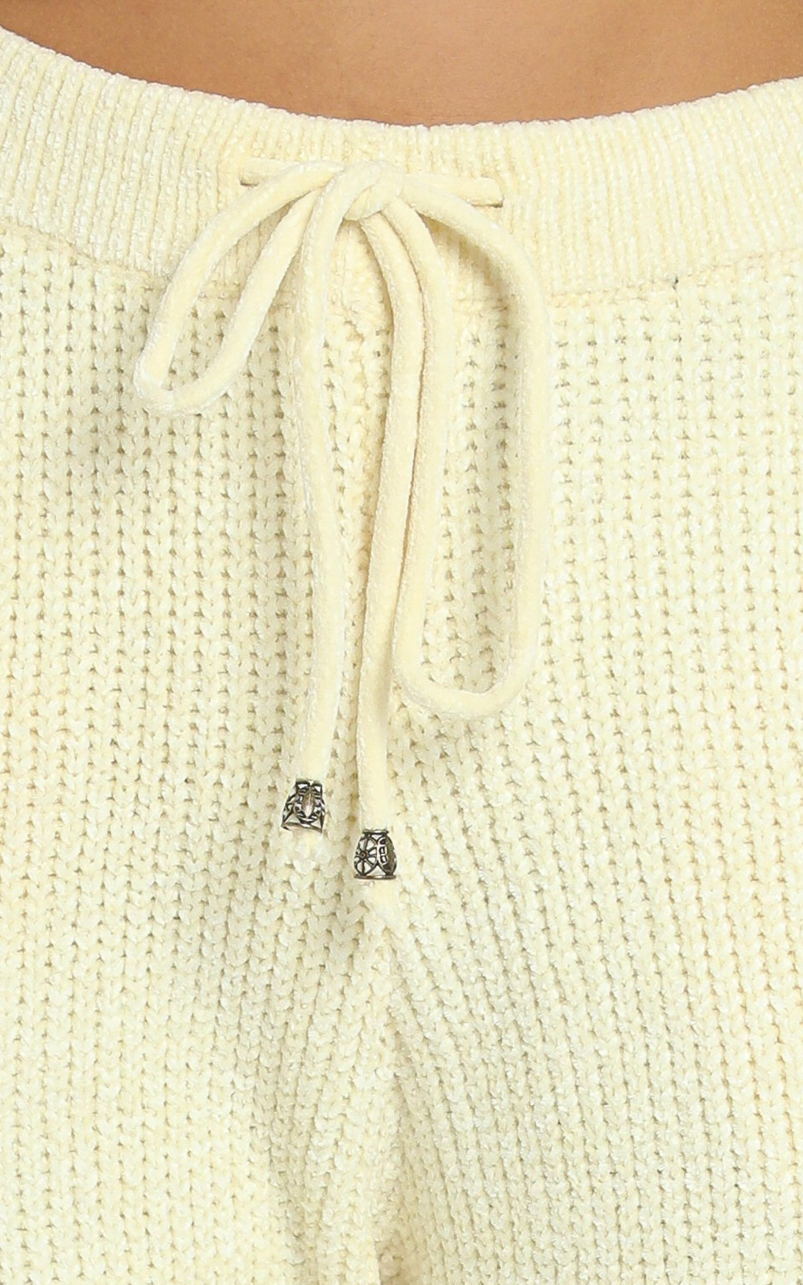 Tabitha Knit Pants in Pastel Yellow - 8 (S), Yellow, hi-res image number null