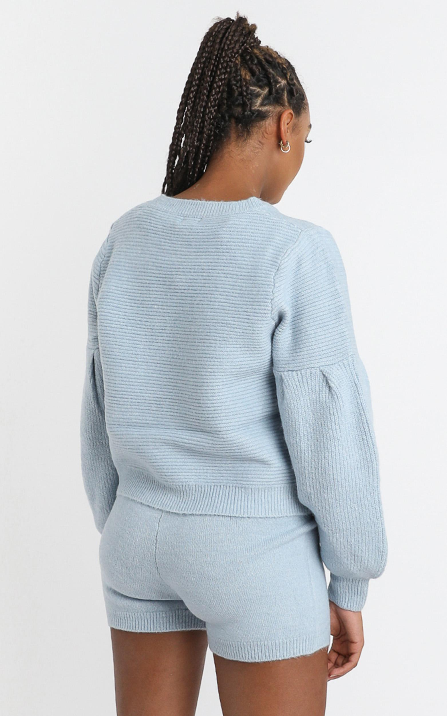 Siobhan Knit Shorts in Sky Blue - 8 (S), Blue, hi-res image number null