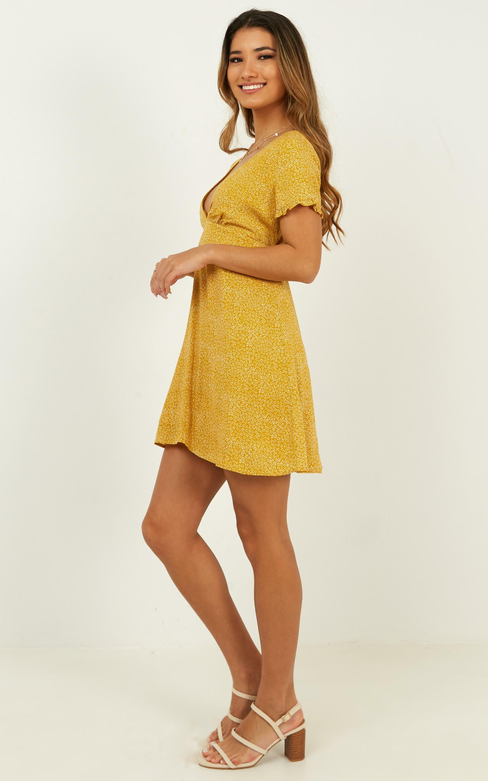 Nothing But Normal Dress in mustard print - 20 (XXXXL), Mustard, hi-res image number null