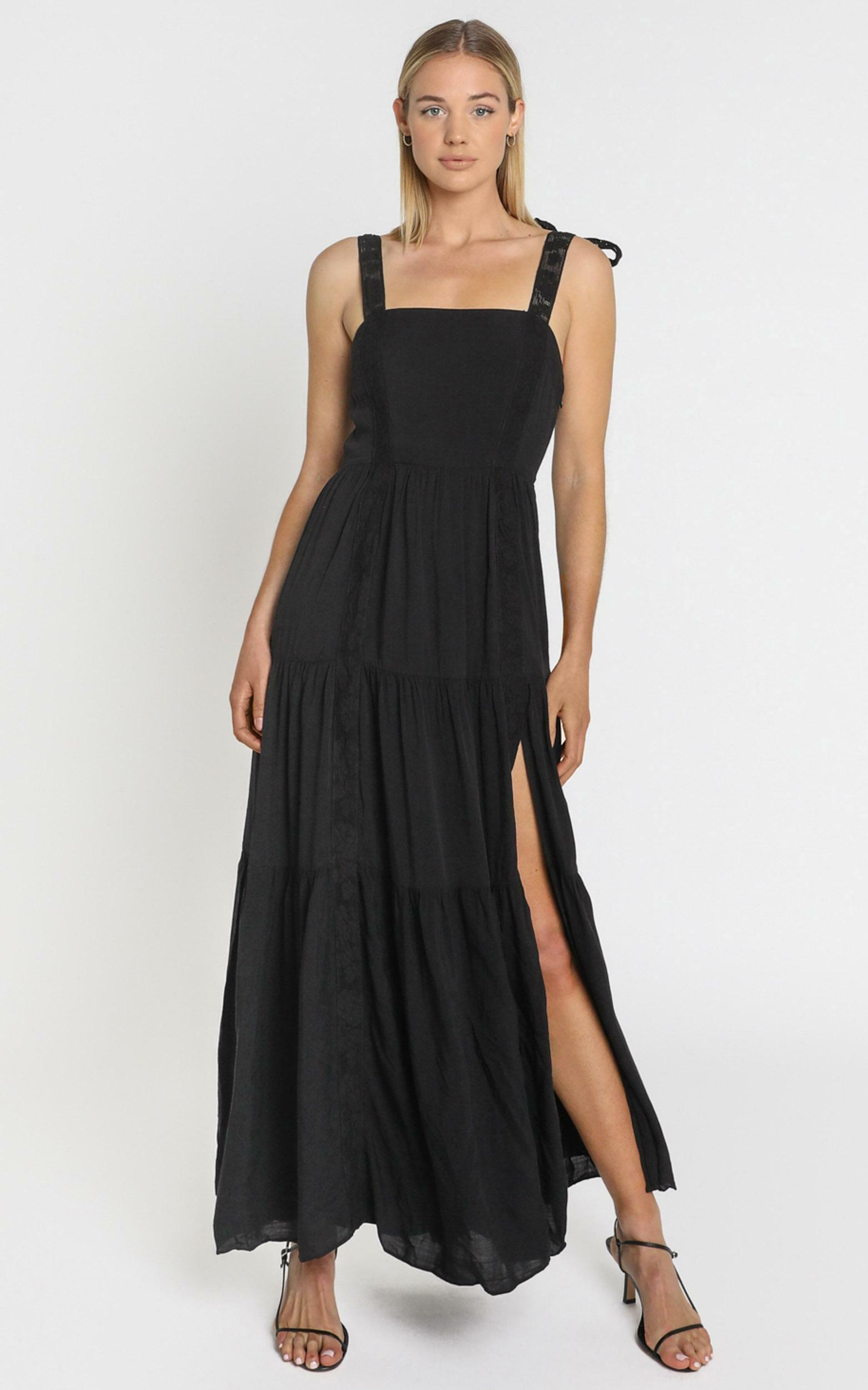 Afternoon Stroll Maxi Dress In black - 4 (XXS), Black, hi-res image number null