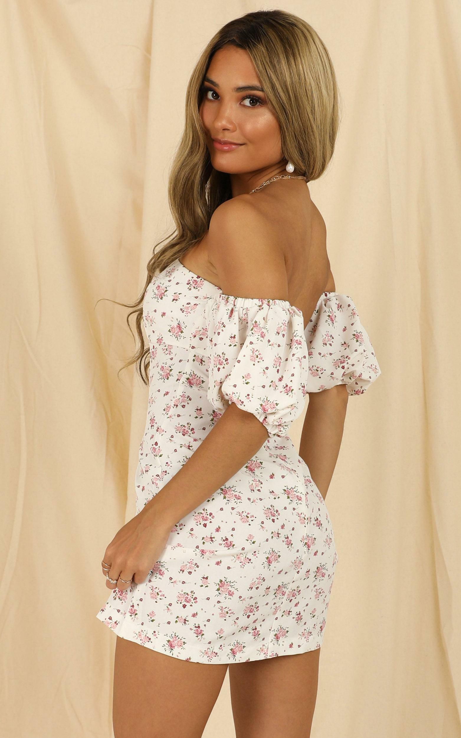 Purity Spiral Dress In White Floral - 16 (XXL), White, hi-res image number null