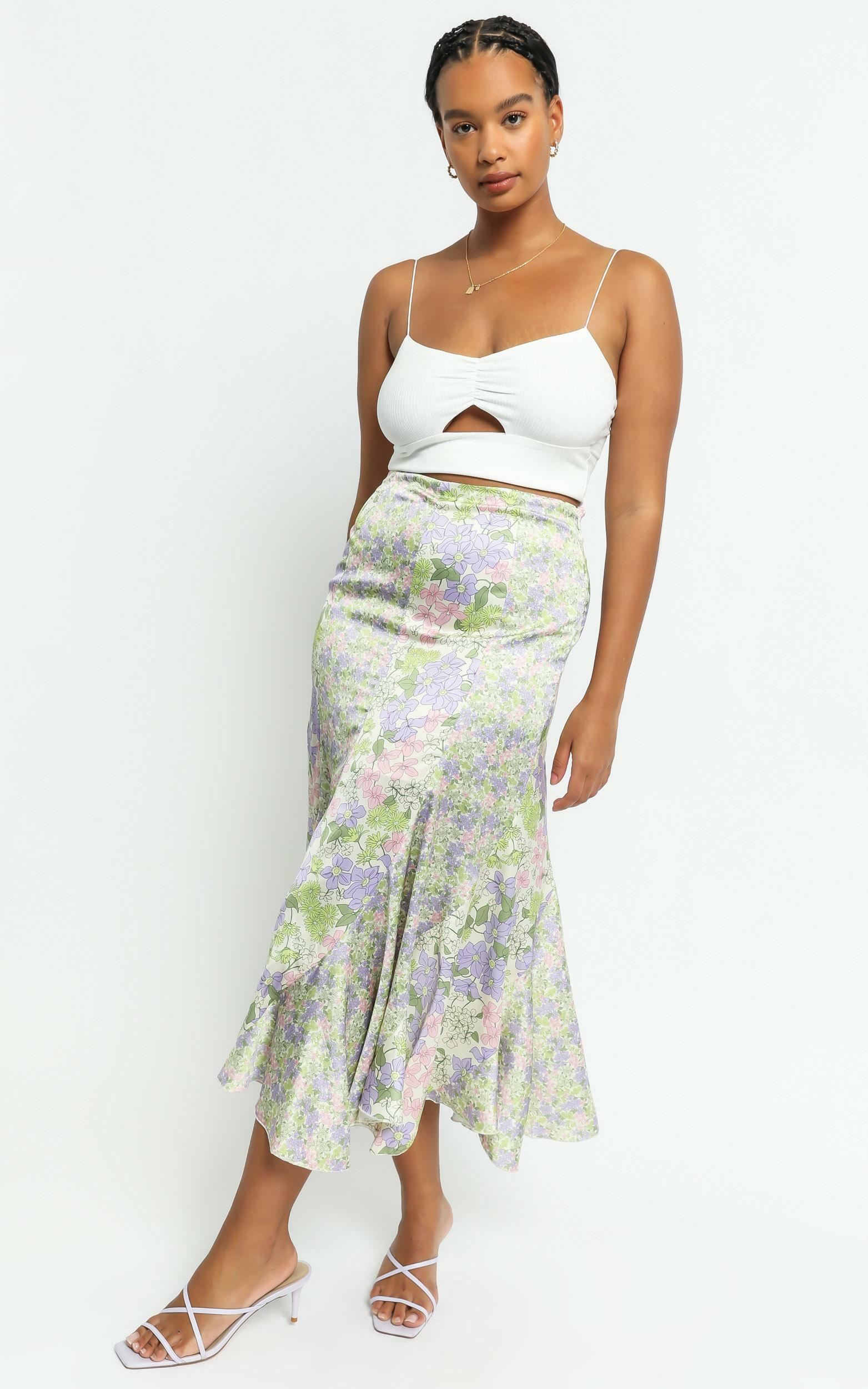 A Fool for you skirt in Garden Floral - 6 (XS), Green, hi-res image number null